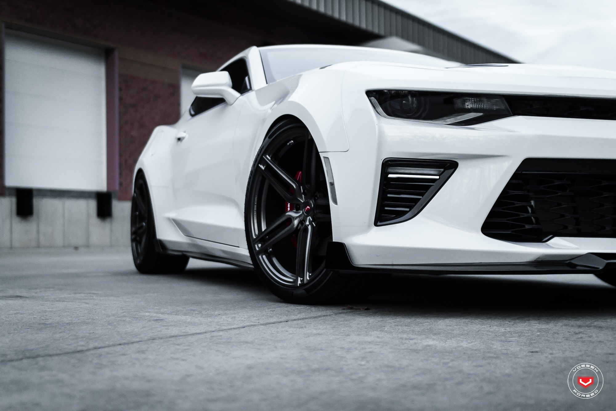 Bumper Air Ducts on White Chevy Camaro - Photo by Vossen