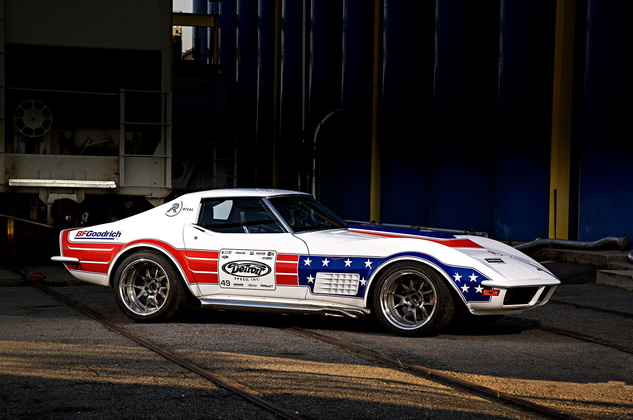 American Hero White Chevy Corvette With Custom Paint Job Carid
