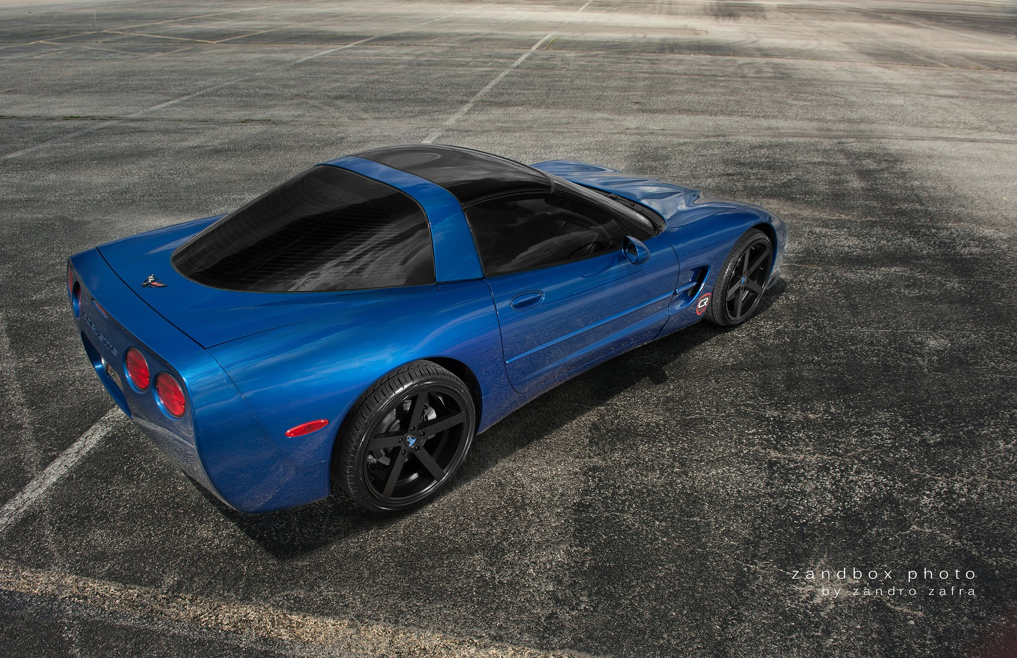 Red LED Taillights on Blue Chevy Corvette - Photo by zandbox