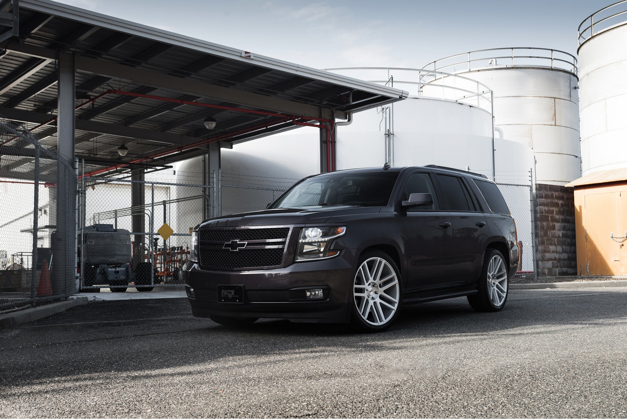 Niche Road Wheels >> Imposing Black Chevy Tahoe Shod In Chrome Niche Wheels