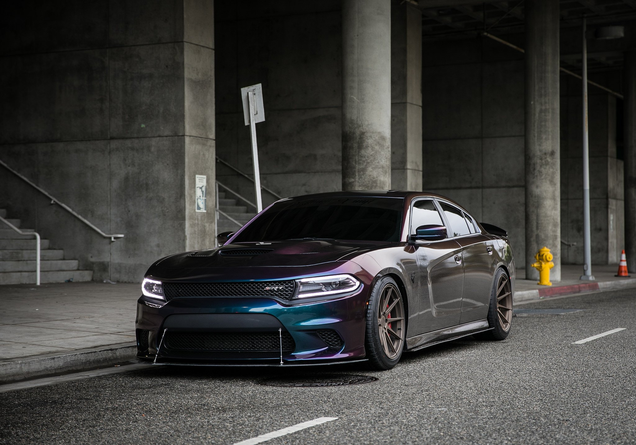 Custom Cameleo Paint Provides Unmatched Style For Charger Srt Carid Com Gallery