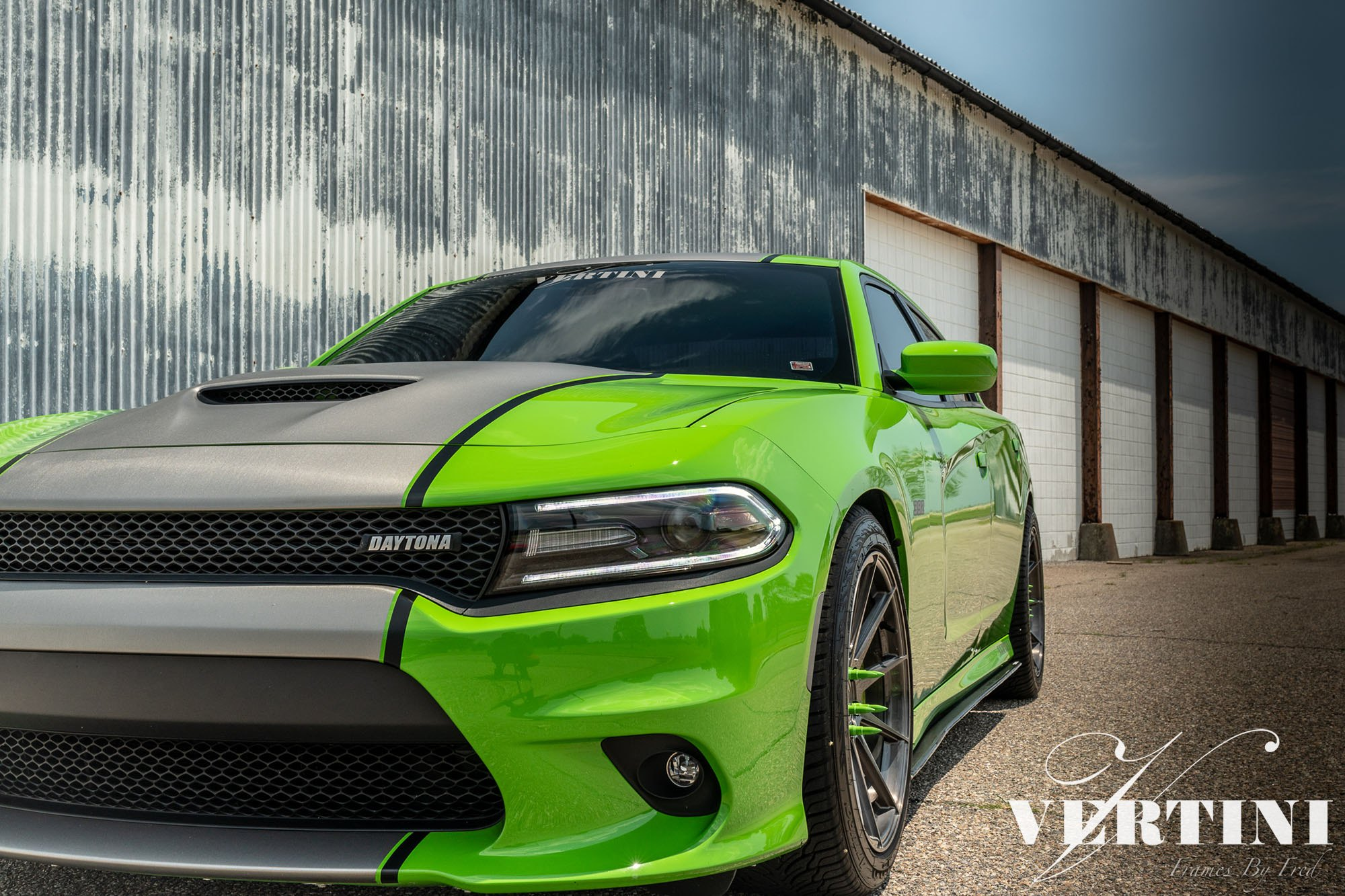 Sporty Looking Dodge Charger Boasting Custom Green And Black Paint Job Carid Com Gallery