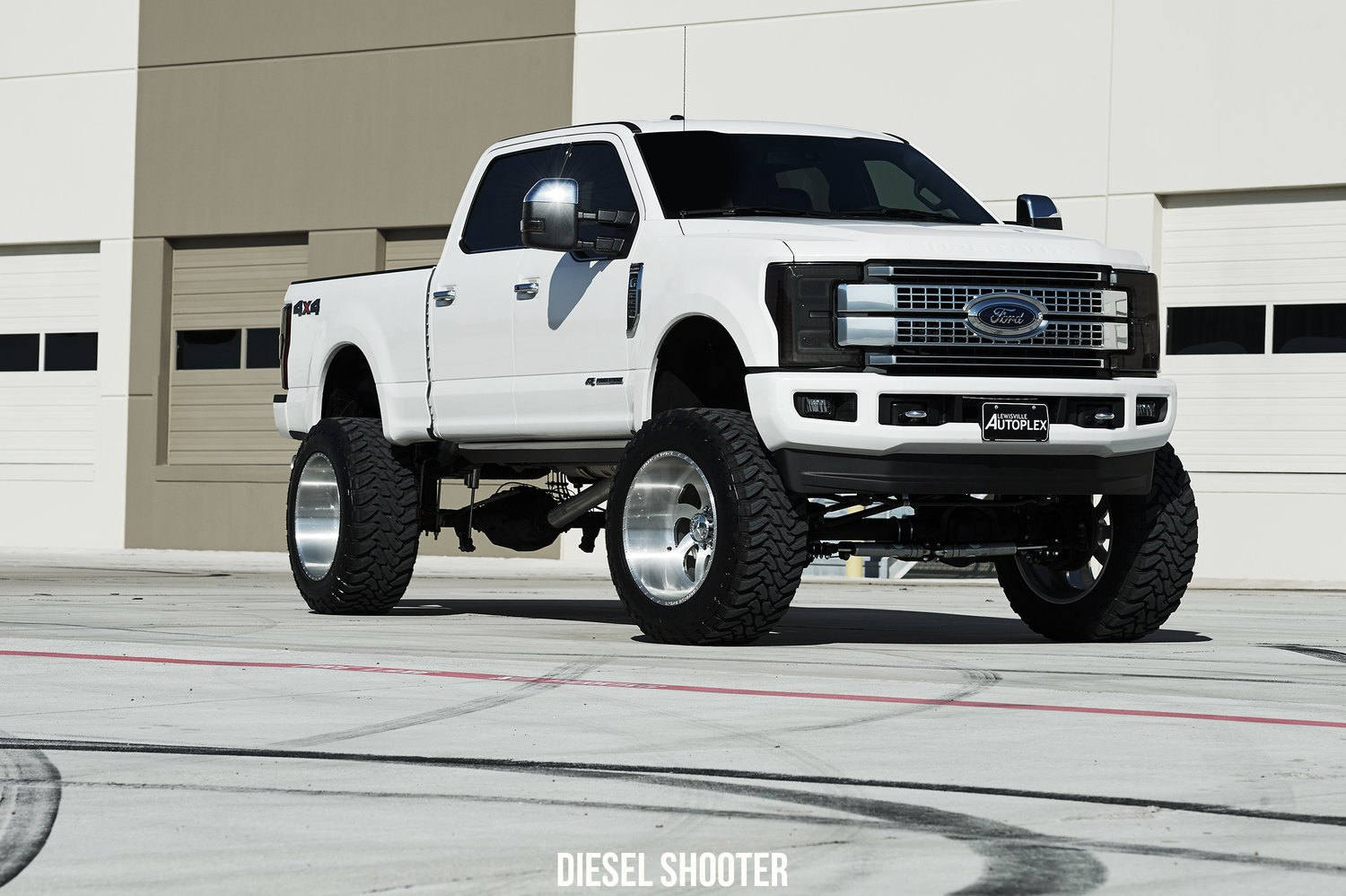White Ford F 250 Eye Catching Pick Up Truck Carid Com