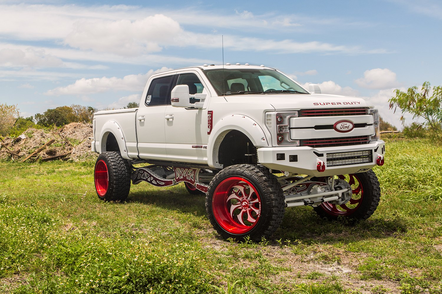 Custom white lifted ford f 250 super duty photo by forgiato