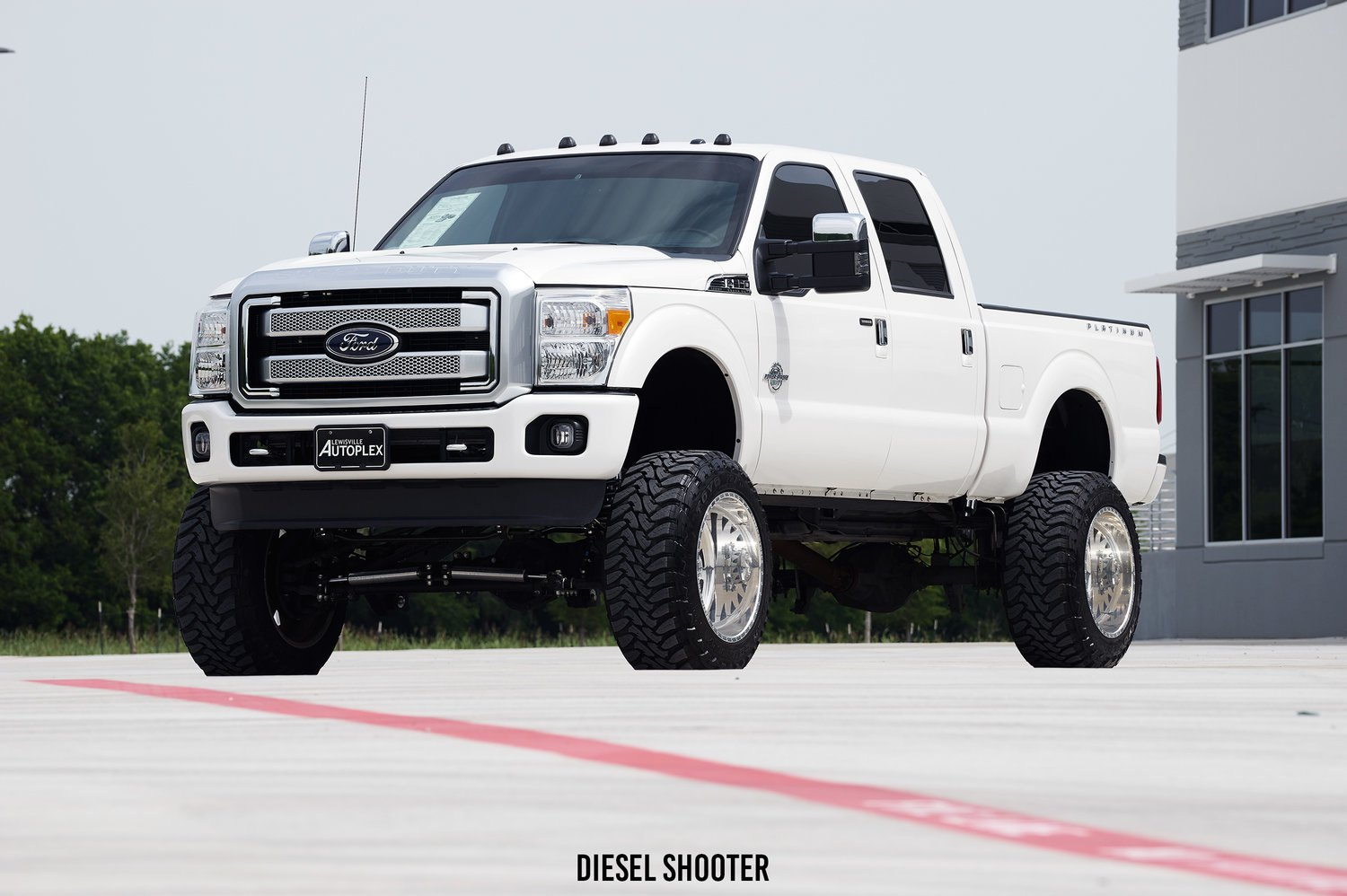 Lifted Ford F  Platinum With Custom Wheels Photo Bysel Shooter