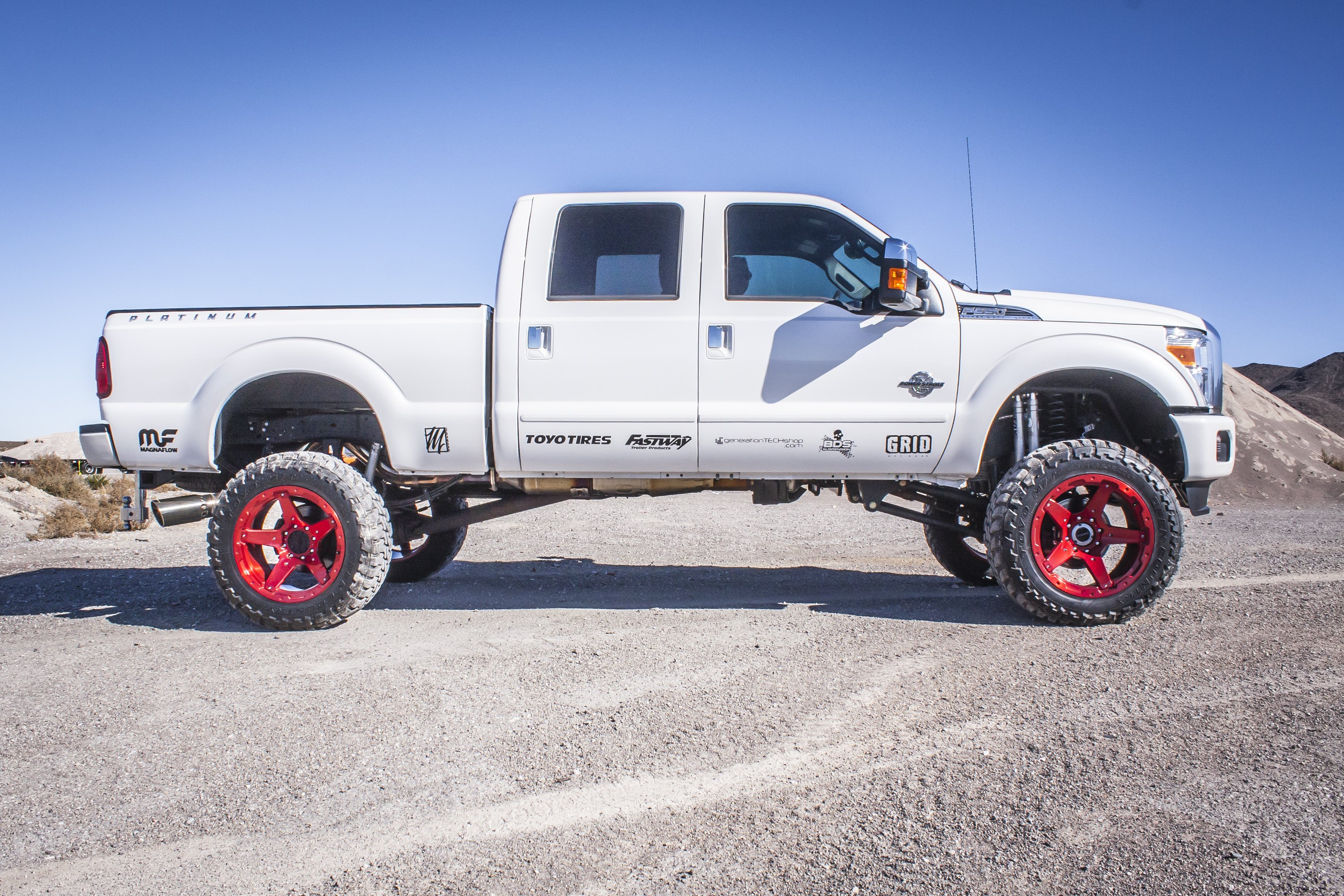 white lifted ford f 350 fitted with superb truck. Black Bedroom Furniture Sets. Home Design Ideas