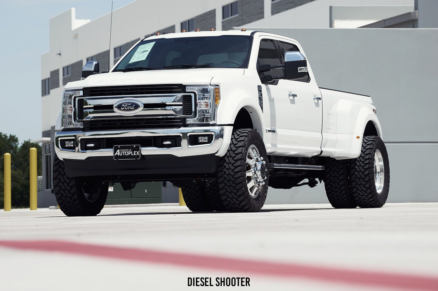 Ford Body Parts >> White Ford Super Duty F-450 Speaks of Power — CARiD.com Gallery