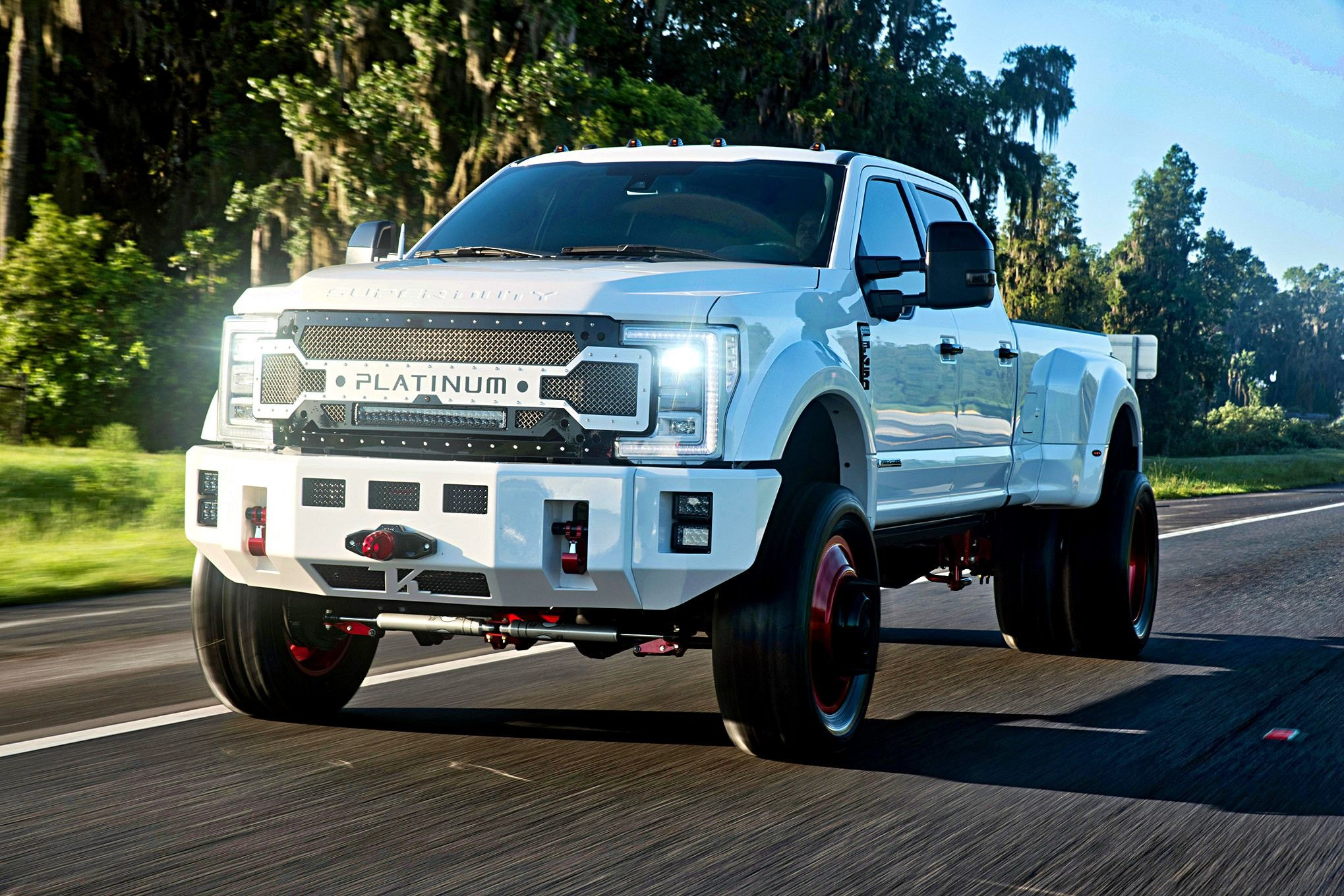 Big Ford Trucks >> Big Boy White Ford F 450 Fitted With Custom Mesh Grille