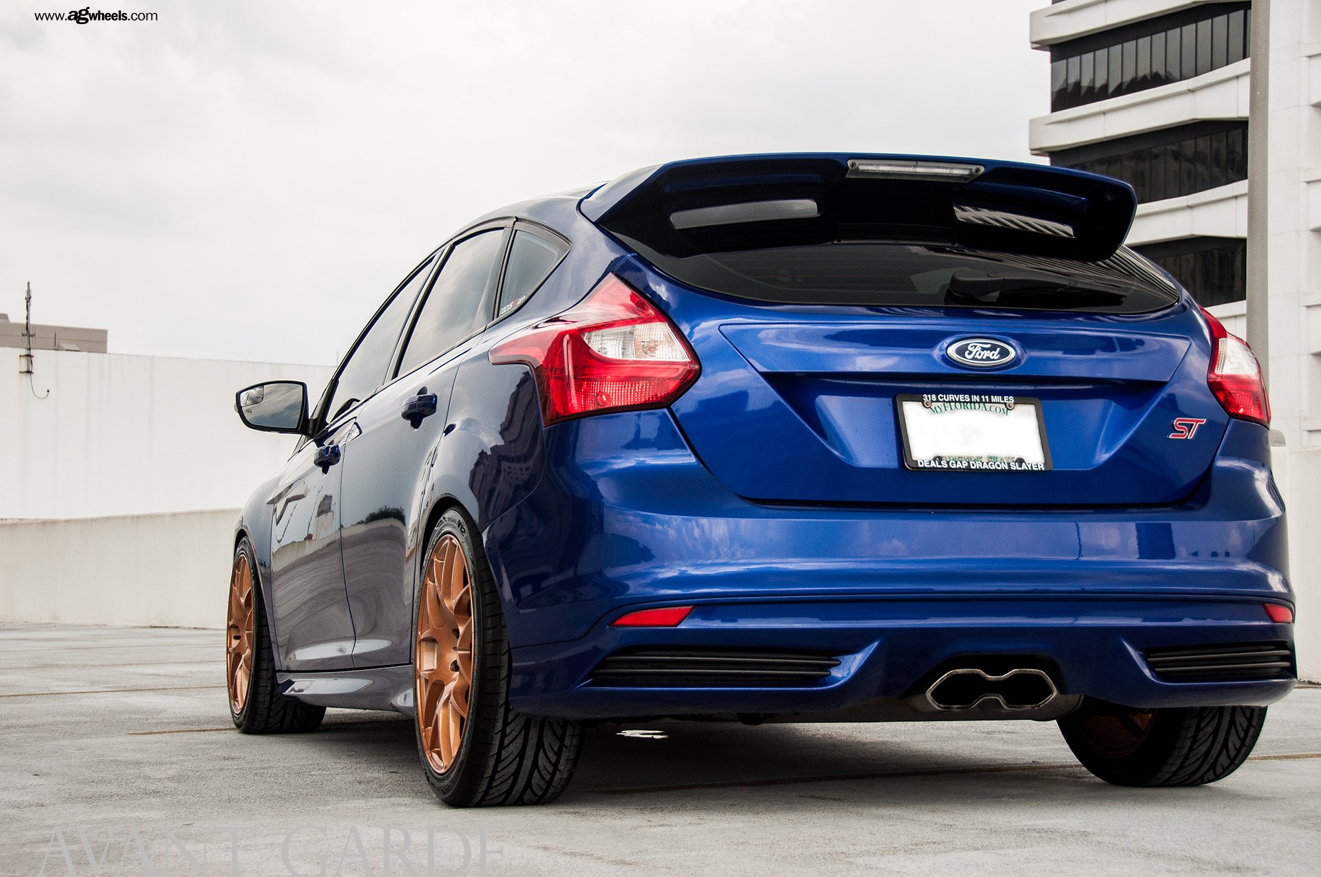 Custom Focus St >> Bespoke Blue Ford Focus St Standing Out On The Road Carid Com Gallery