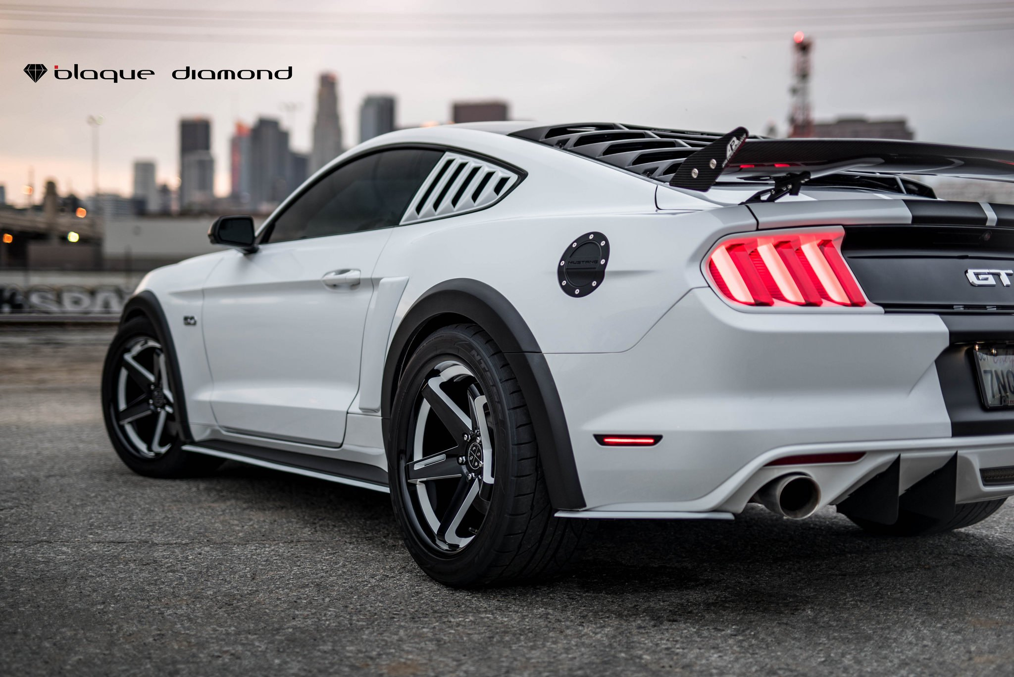 Ford Mustang Gt Side Window Scoops Photo By Black Diamond