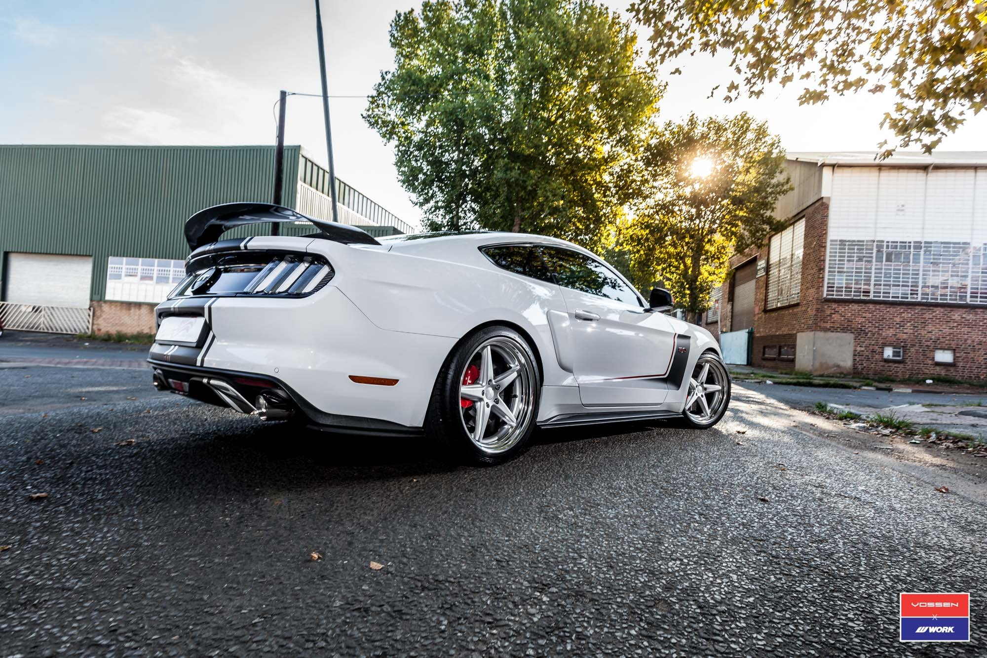 Custom Style Rear Spoiler on White Ford Mustang GT - Photo by Vossen