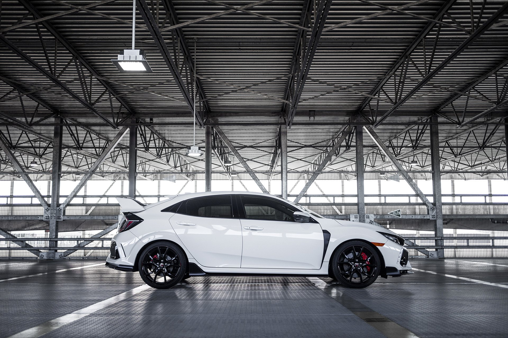 White Honda Civic with Carbon Fiber Side Skirts - Photo by Vossen