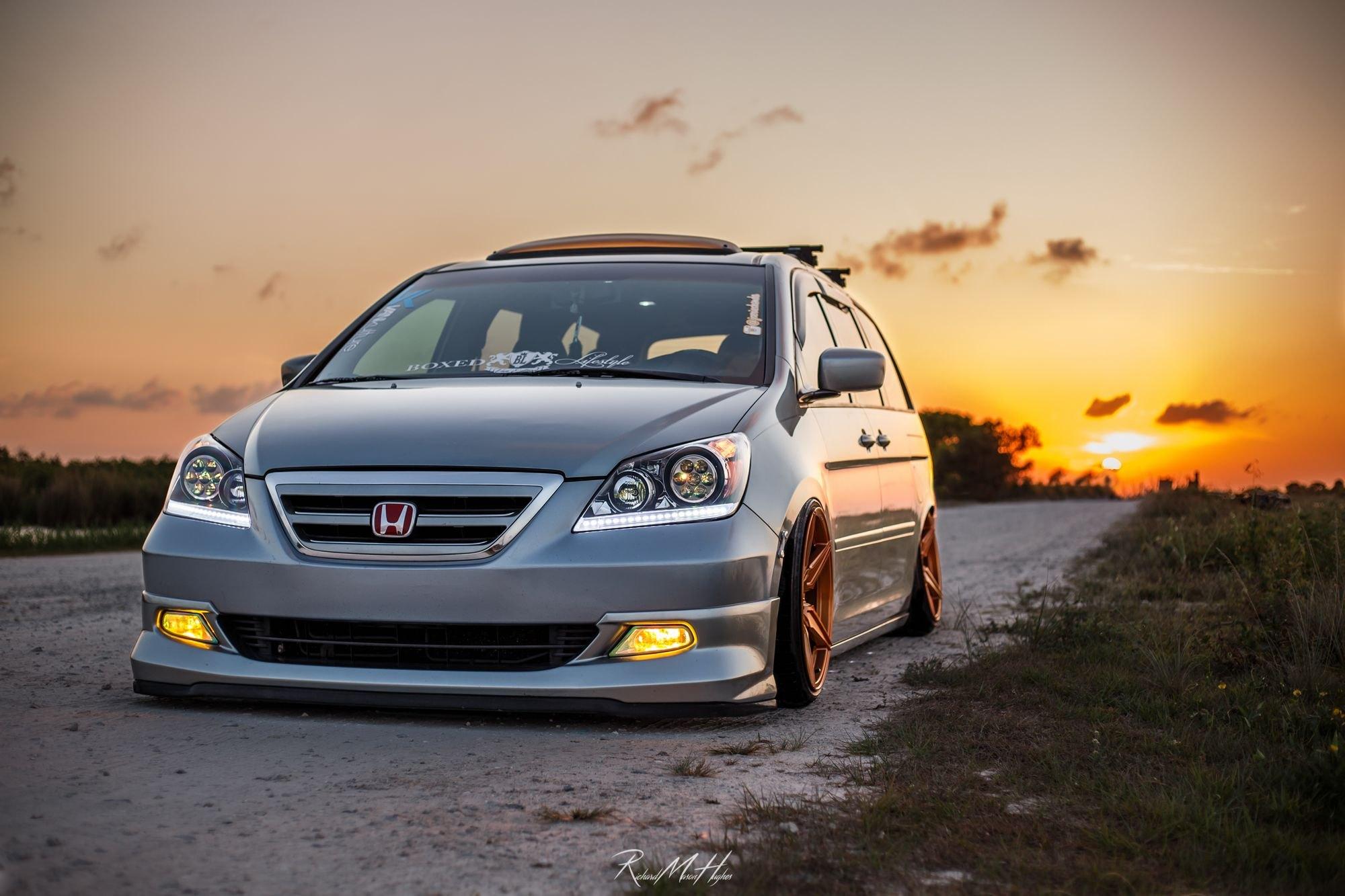Custom Honda Odyssey