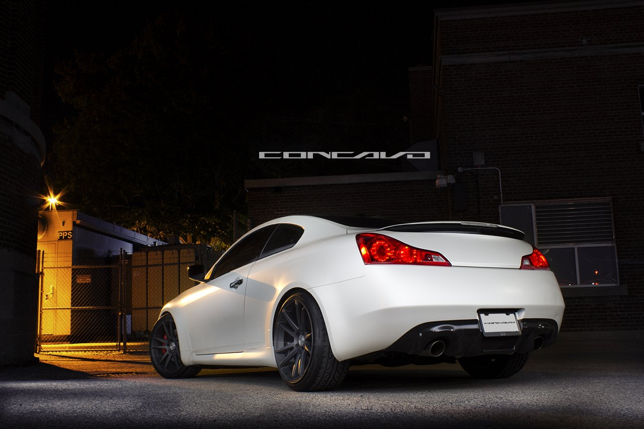 Black And White Perfection Infiniti G37 Coupe Fitted With