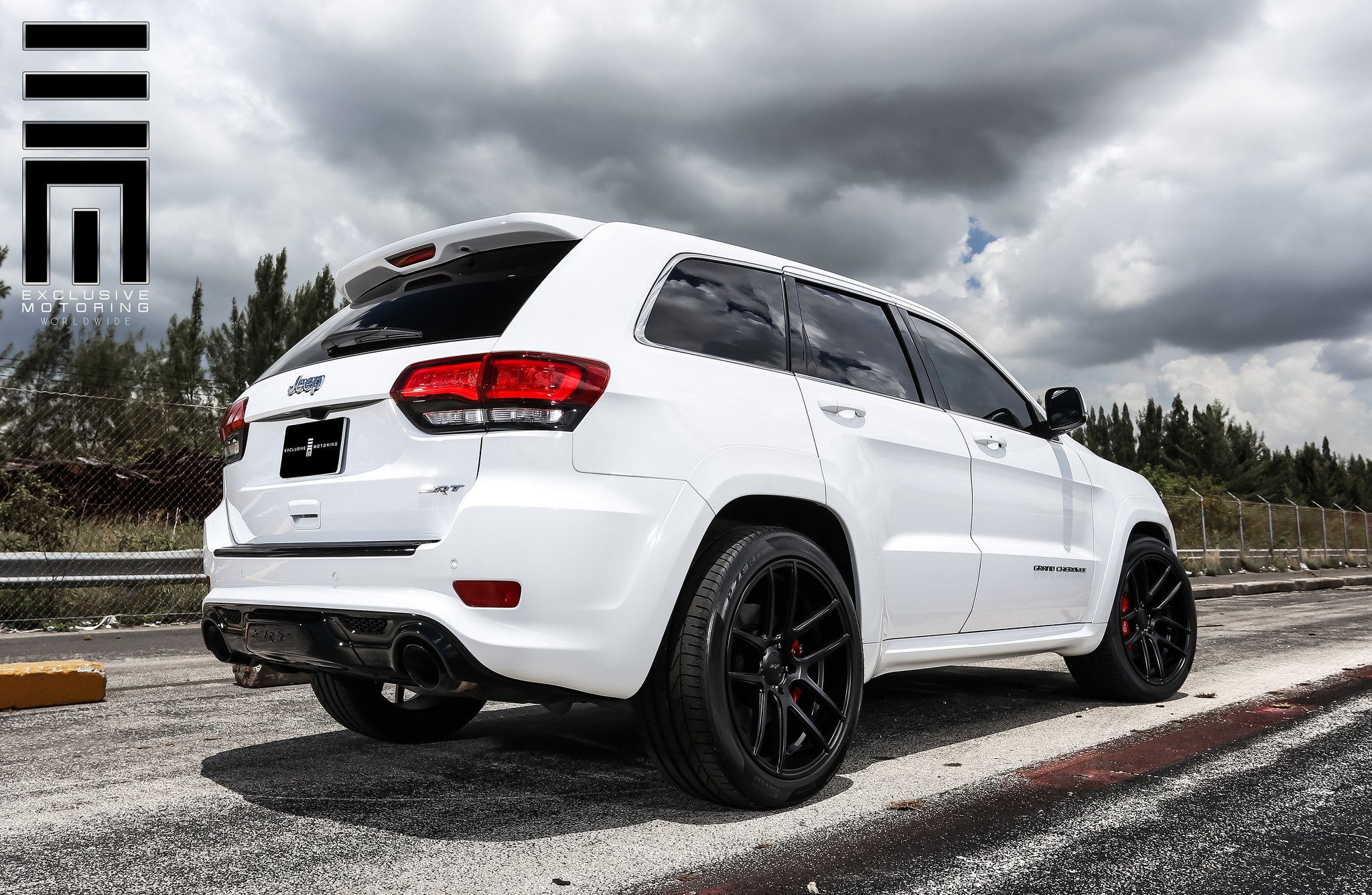 jeep grand cherokee srt on black custom wheelsexclusive