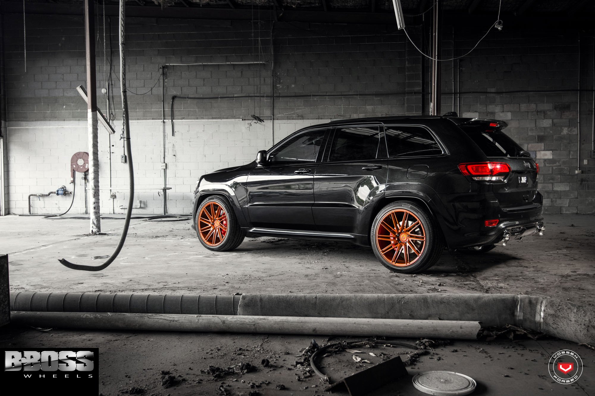 custom painted vossen vps309 rims on jeep grand cherokee — carid