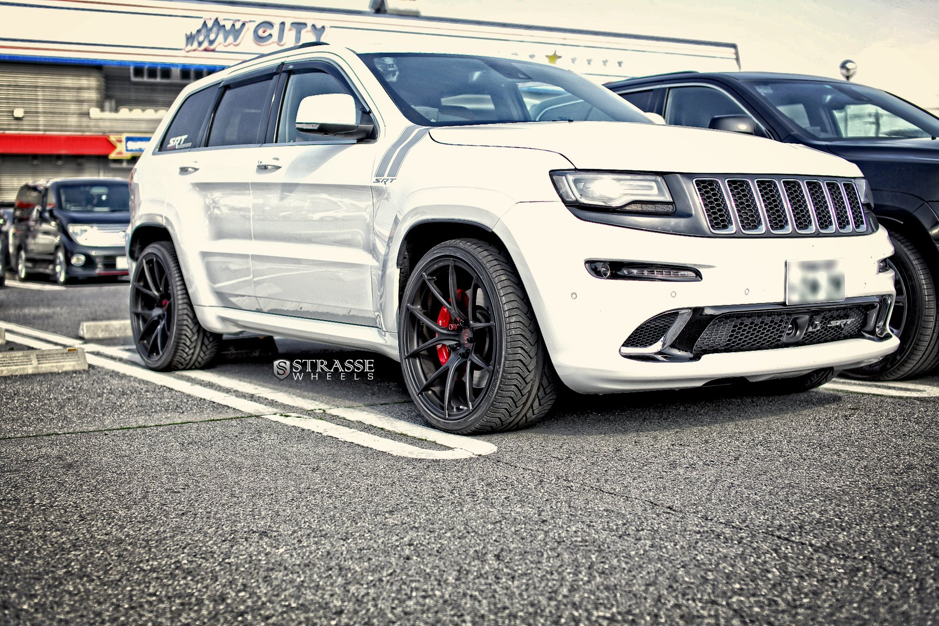 White Jeep Grand Cherokee With U Bar Style Headlights   Photo By Strasse  Forged
