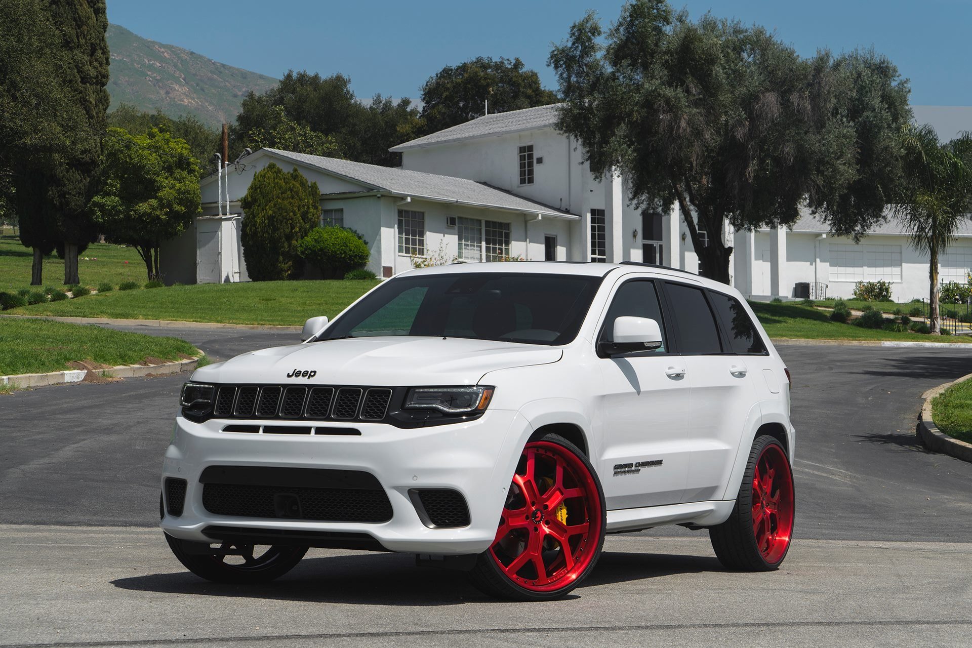 custom 2017 jeep grand cherokee images mods photos upgrades gallery. Black Bedroom Furniture Sets. Home Design Ideas