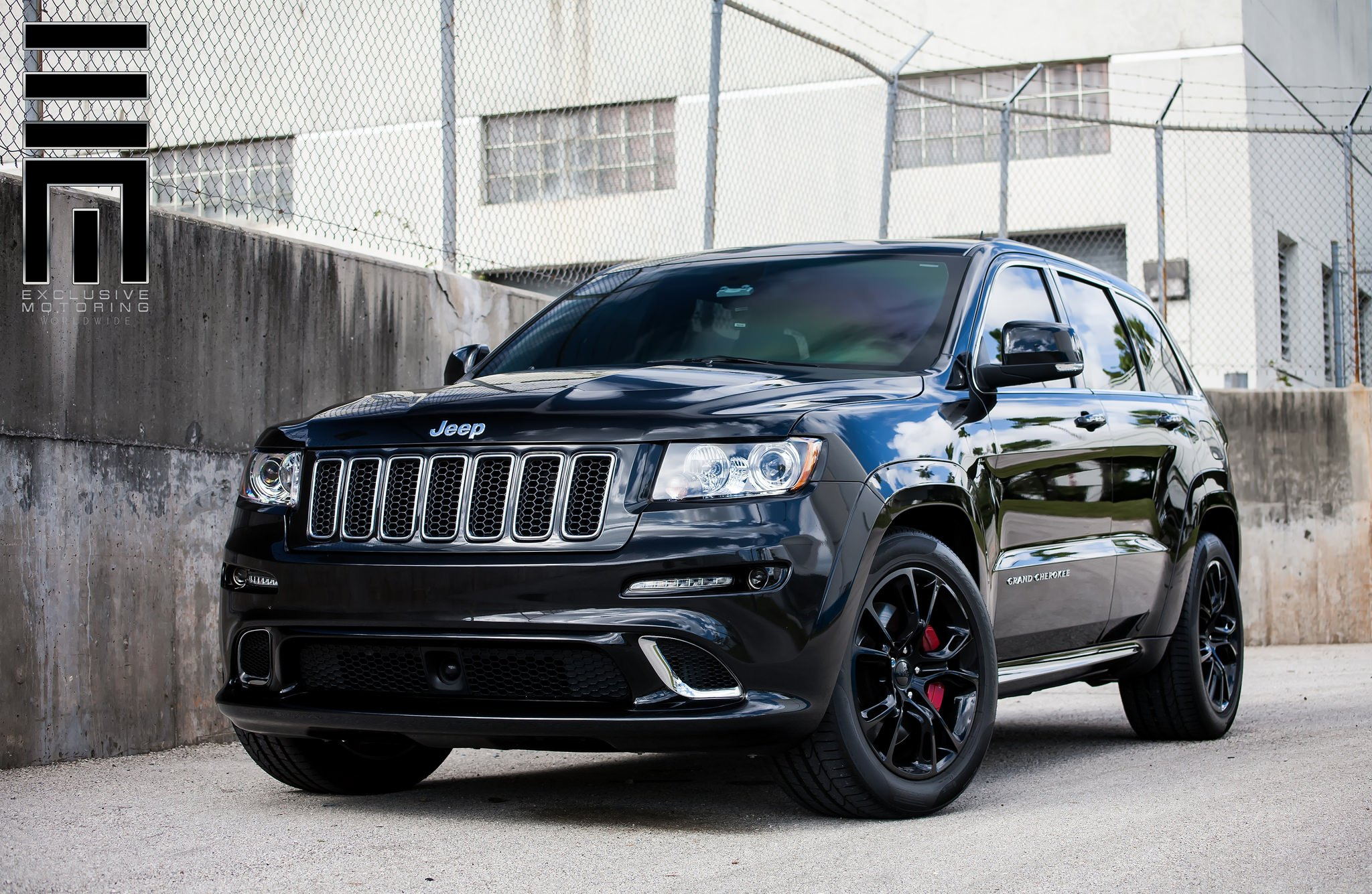 srt 8 grand cherokee by exclusive motoring gallery. Black Bedroom Furniture Sets. Home Design Ideas