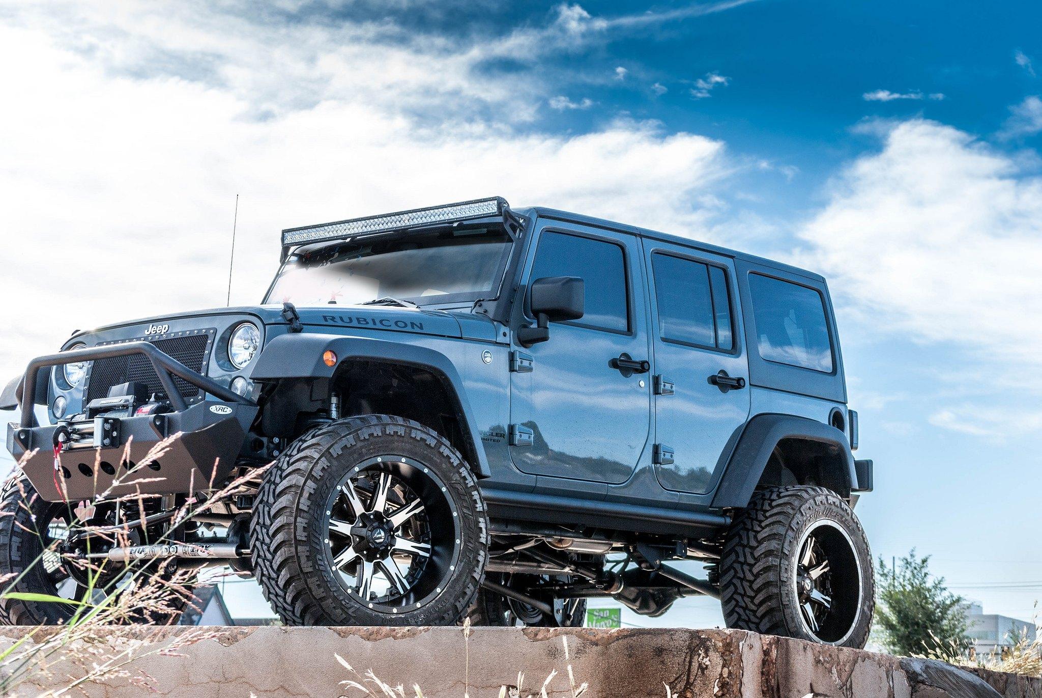 insane off road mods on tough jeep wrangler unlimited gallery. Black Bedroom Furniture Sets. Home Design Ideas