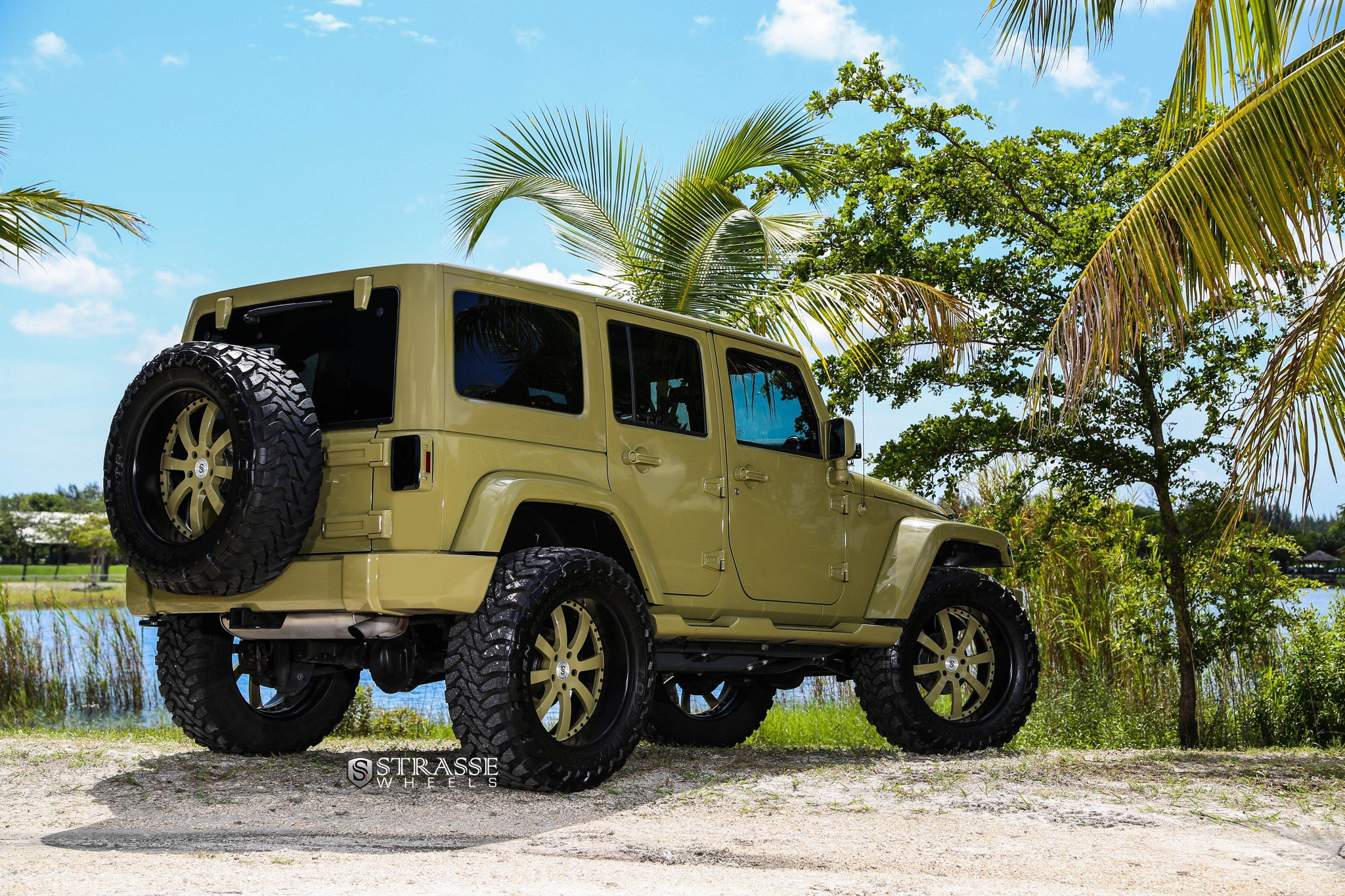 Spare Tire Kit on Khaki Jeep Wrangler - Photo by Strasse Forged