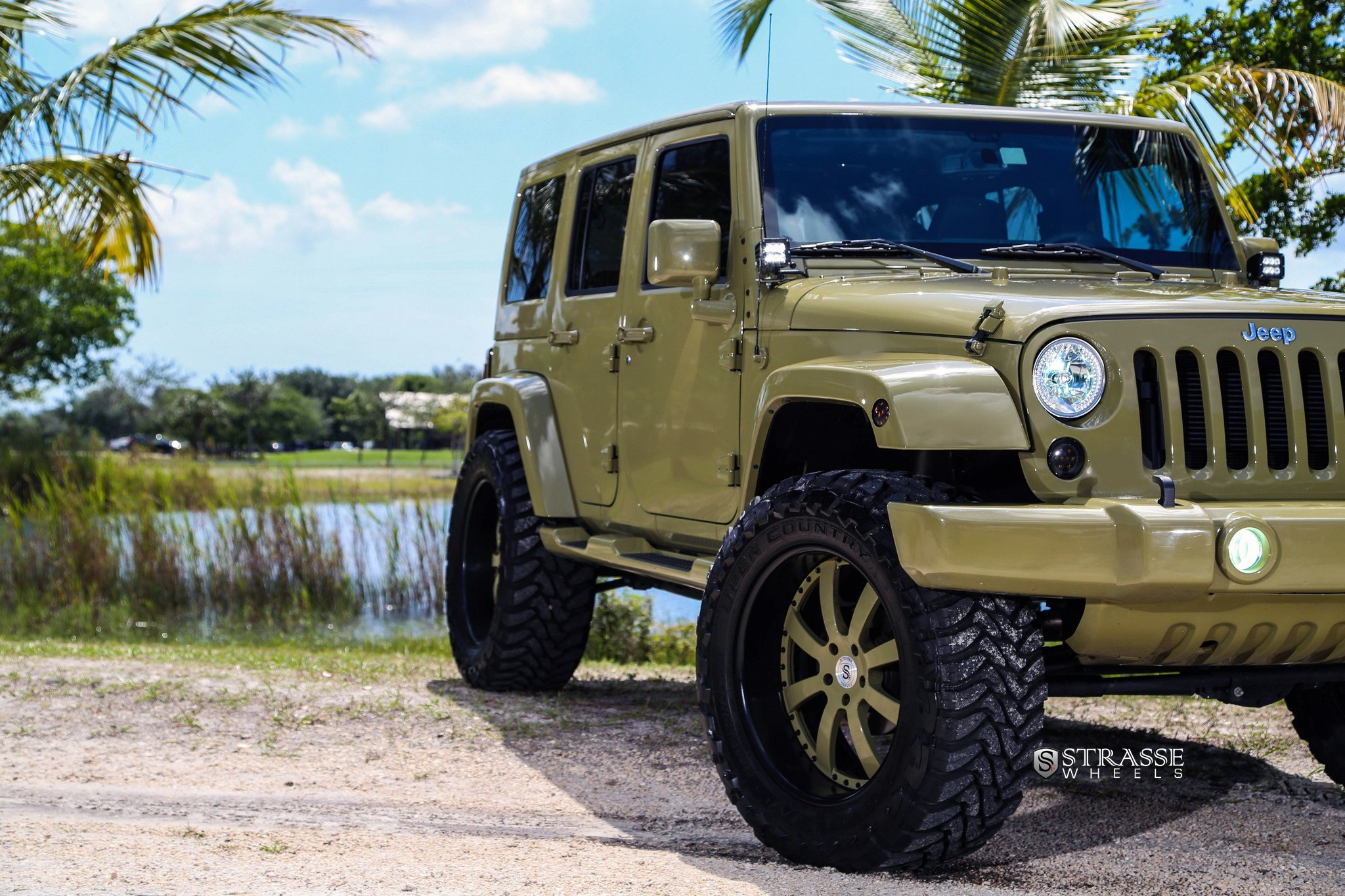 Khaki Jeep Wrangler with Custom Painted Strasse Rims - Photo by Strasse Forged