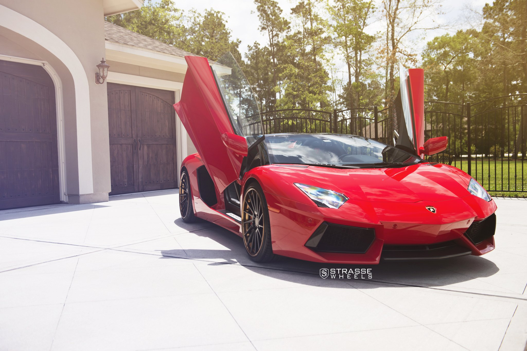 Epic Red Lamborghini Aventador Boasting Vertical Doors Carid Com