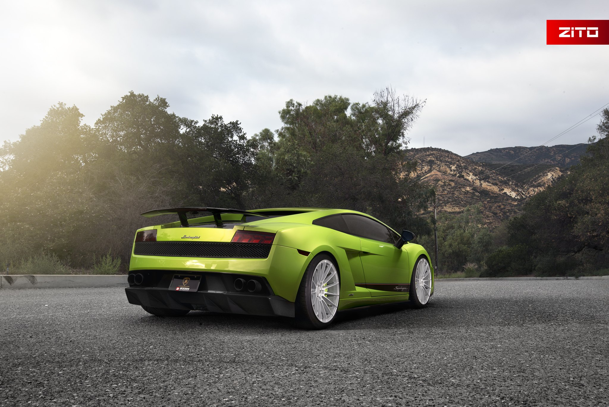 Got Lime Amazing Lamborghini Gallardo With Rear Wing Spoiler