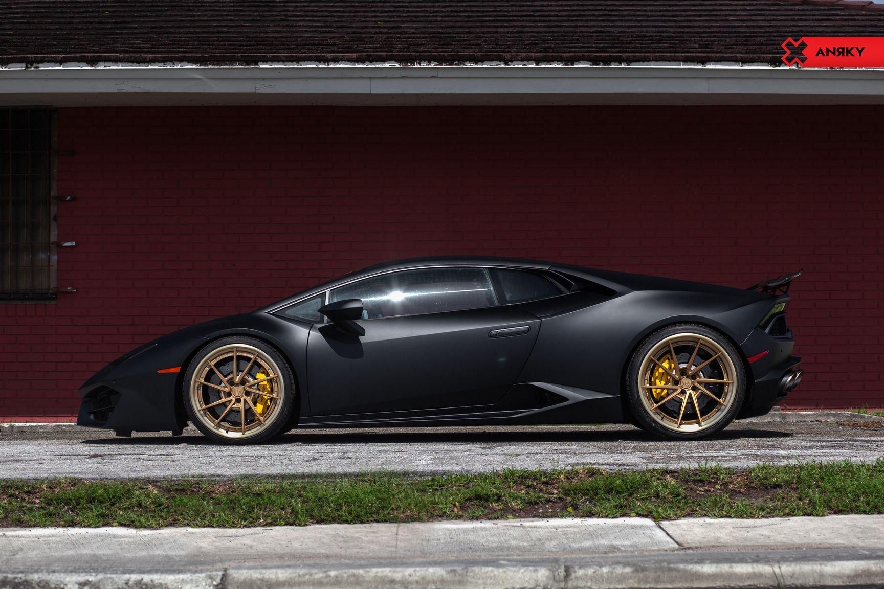 Matte Black Lamborghini Huracan On Contrasting Gold Rims Carid Com
