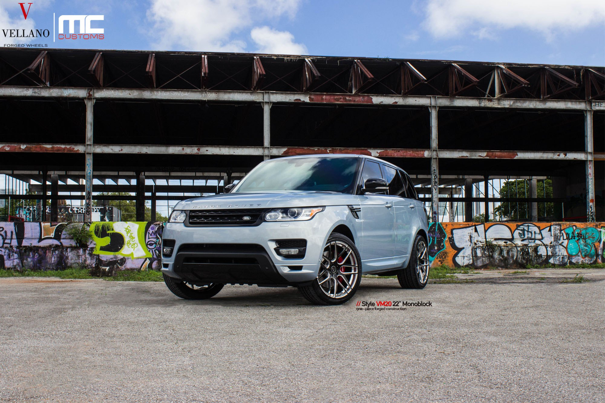 Modern tuning for custom light blue range rover sport for Land rover tarbes garage moderne
