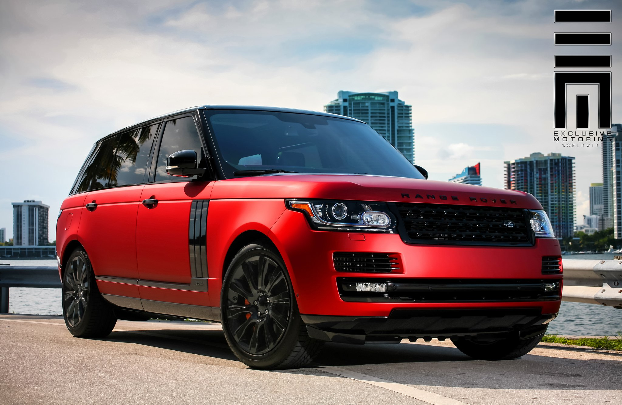 Matte Black Range Rover With Red Interior | www.indiepedia.org