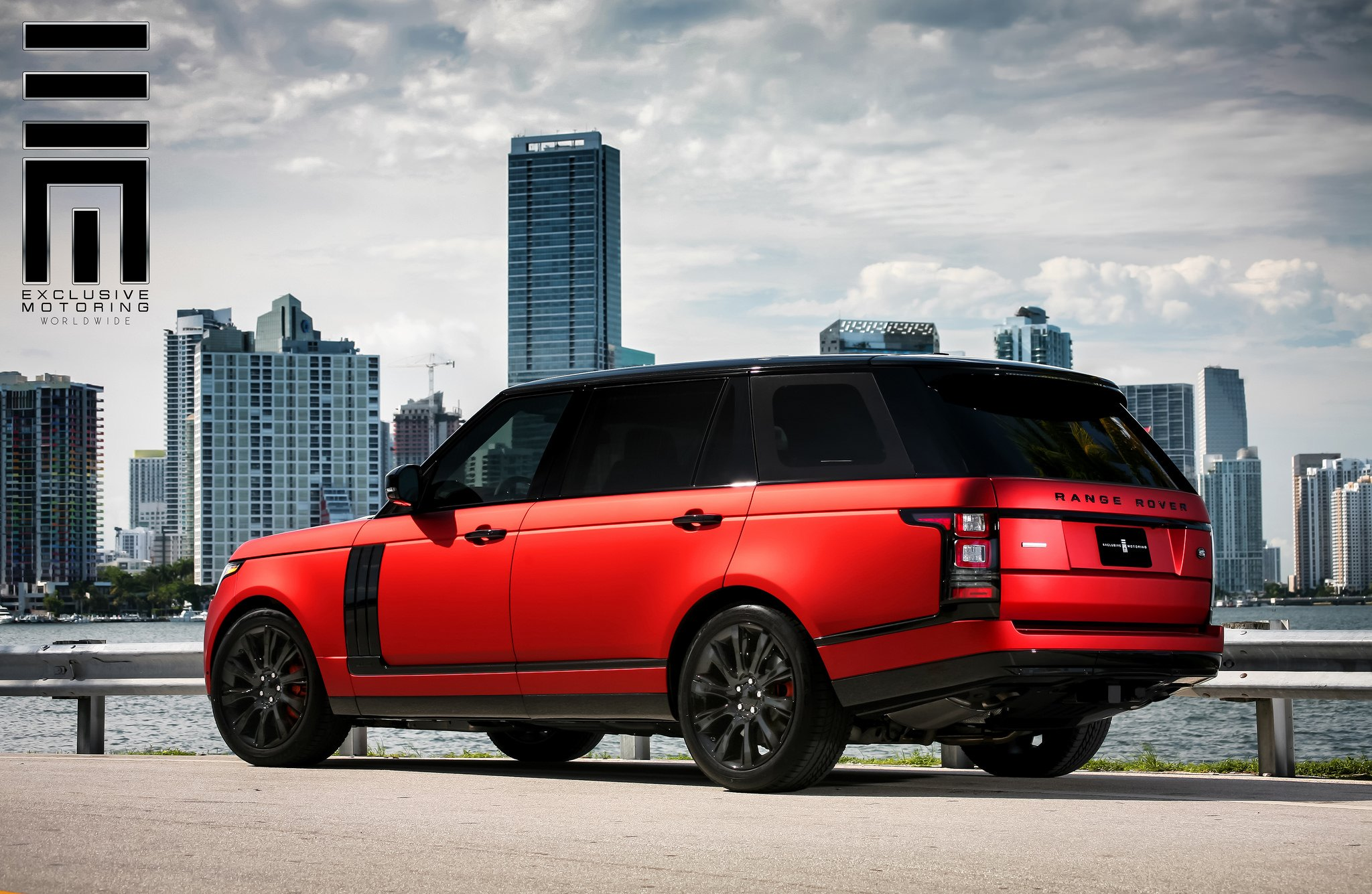 red matte range rover on black wheels by exclusive. Black Bedroom Furniture Sets. Home Design Ideas