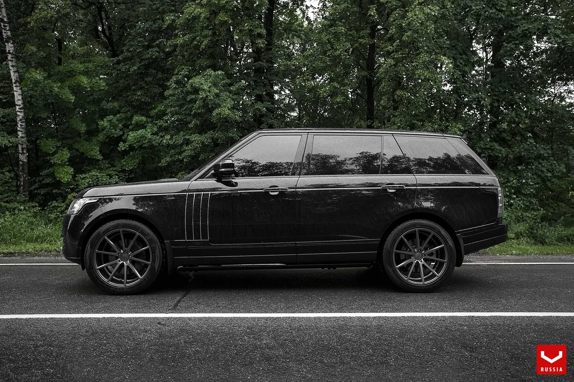 Range Rover Rocking a Blacked Out Grille and a Set of Vossen Wheels