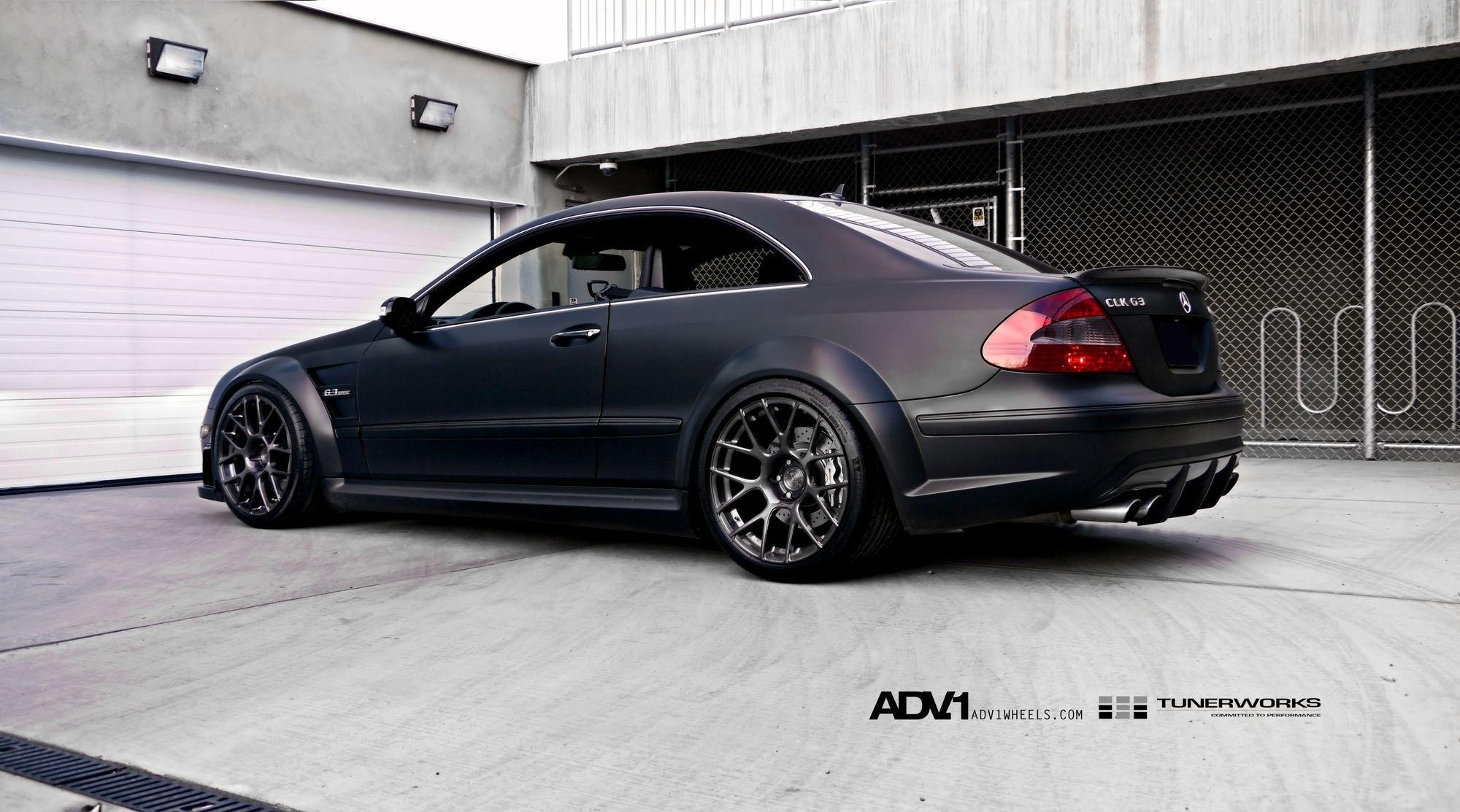 German Muscle Car Mercedes Clk63 Black Edition Carid Com Gallery