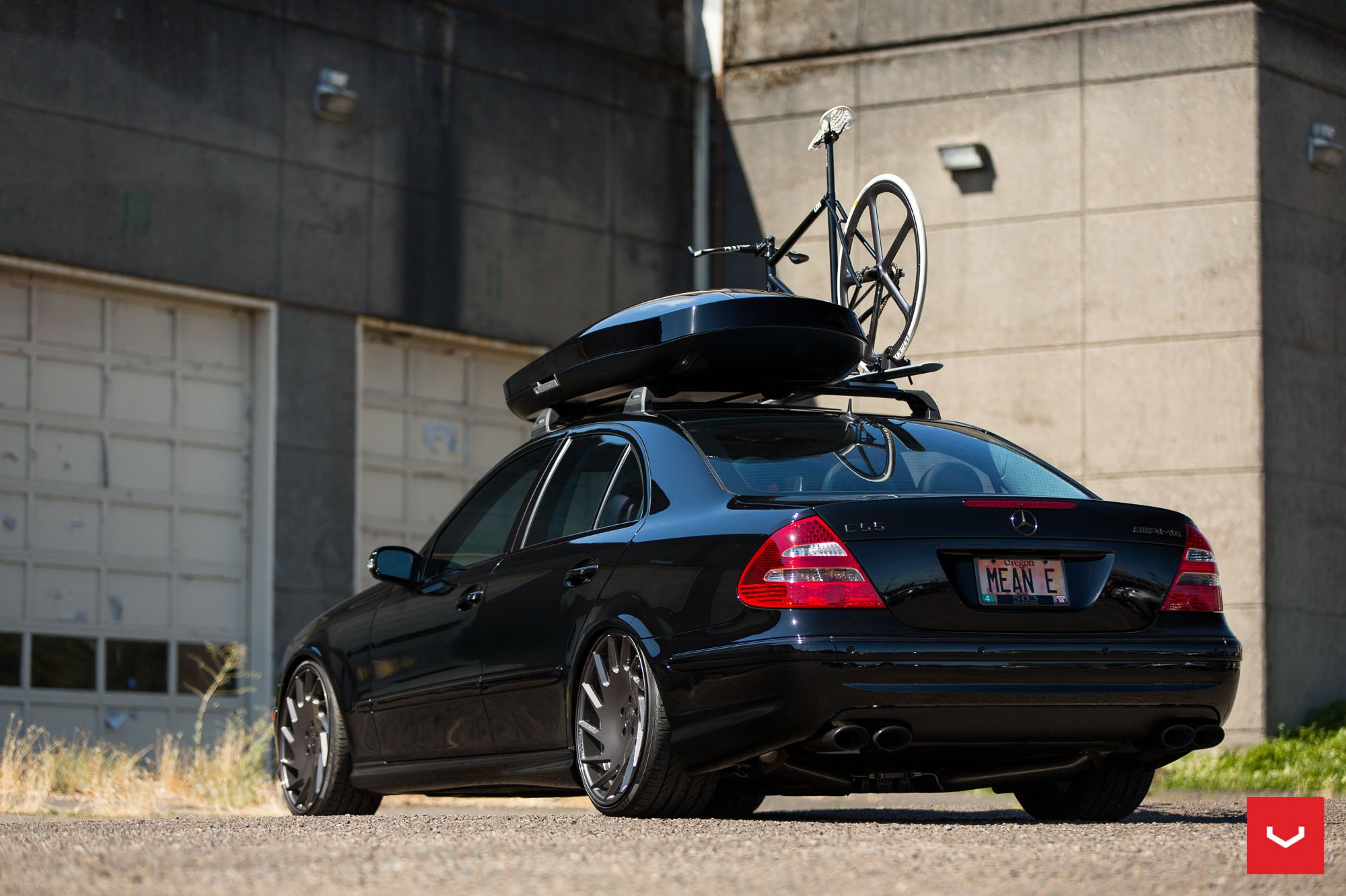black mercedes e class on vossen wheels fitted with roof. Black Bedroom Furniture Sets. Home Design Ideas