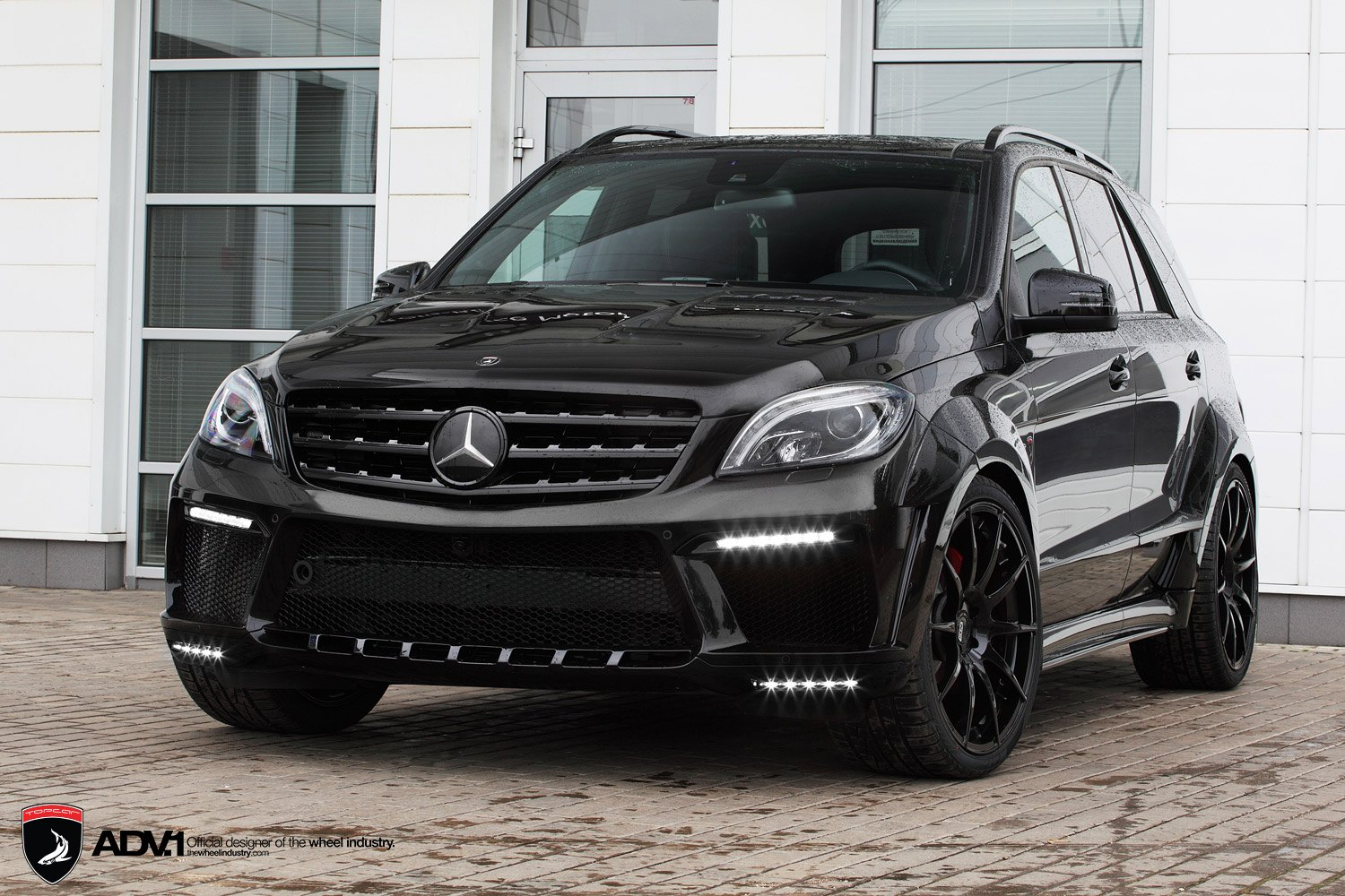 widebody mercedes m class on black adv1 rims. Black Bedroom Furniture Sets. Home Design Ideas