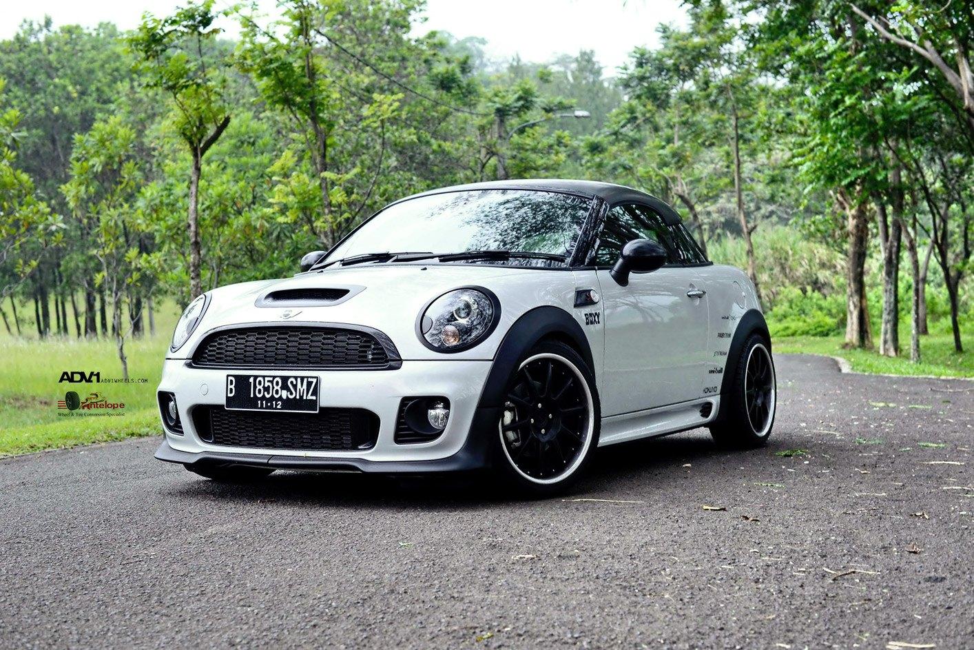 Mini Cooper Performance Parts >> Custom White Mini Cooper with Contrasting Black Accents ...