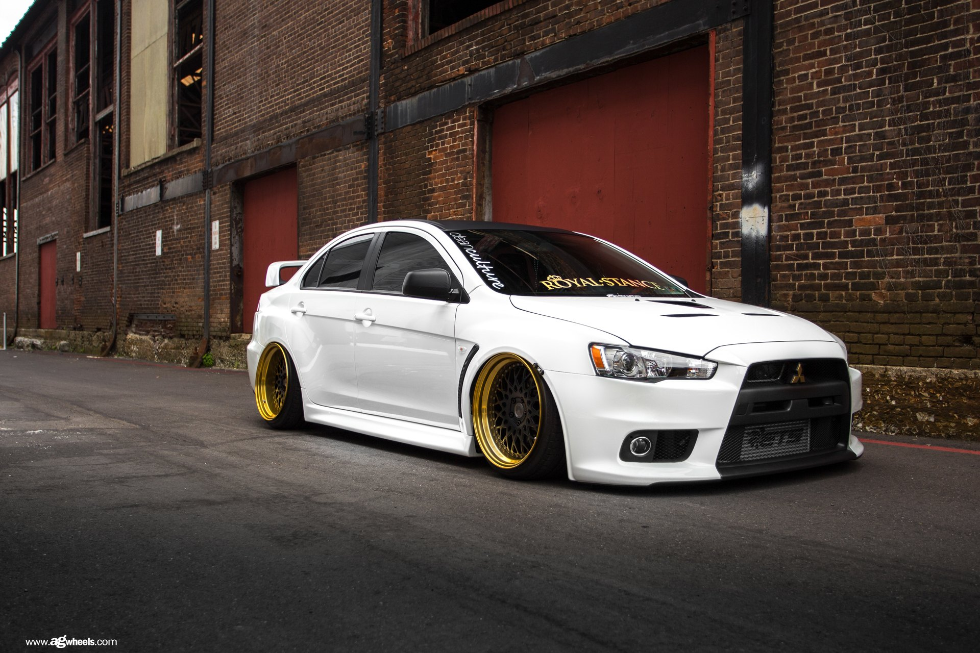 Mitsubishi Lancer Evolution On Air Suspension By Avant