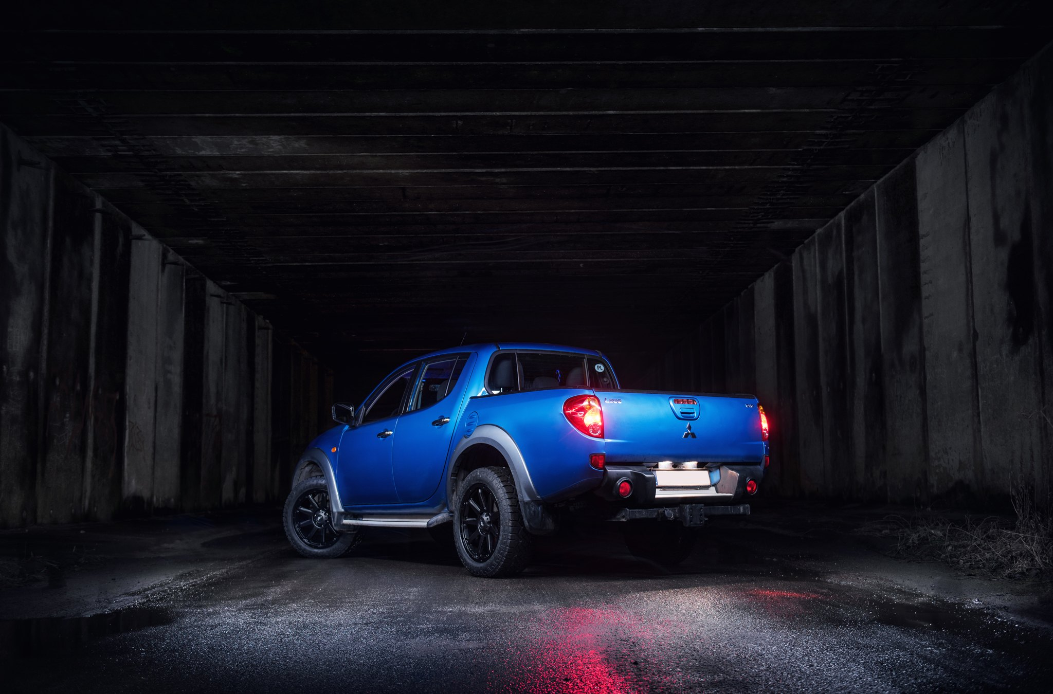 Blue Mitsubishi L200 with Aftermarket Rear Bumper - Photo by JR Wheels