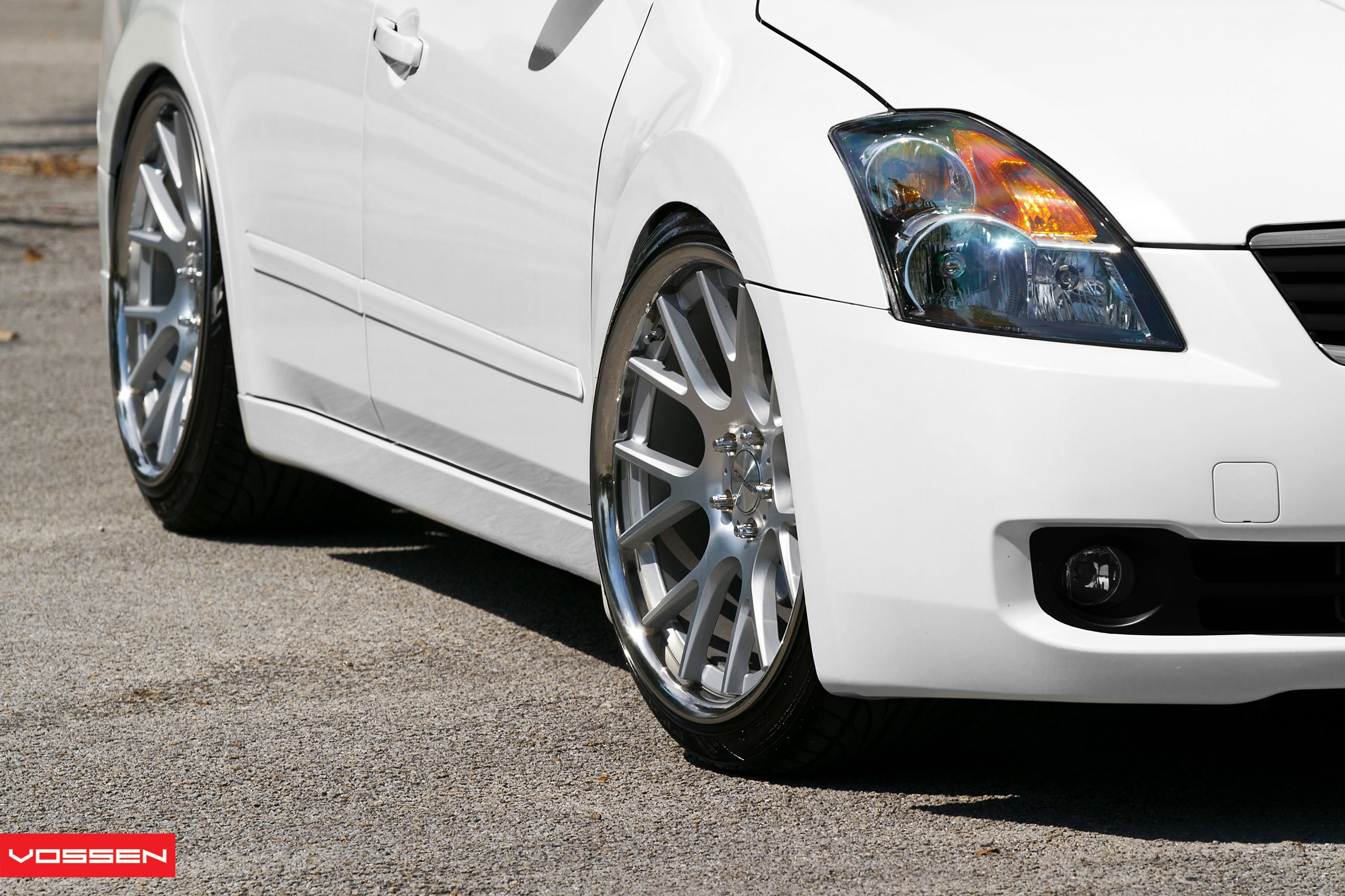 Low And Clean Nissan Altima Fitted With Classy Custom Wheels by