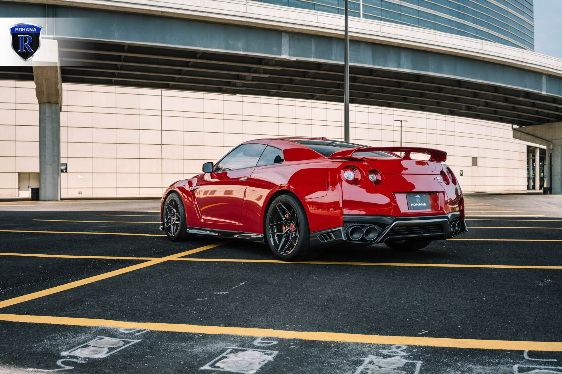 Red Nissan GT-R with Aftermarket Rear Diffuser - Photo by Rohana Wheels