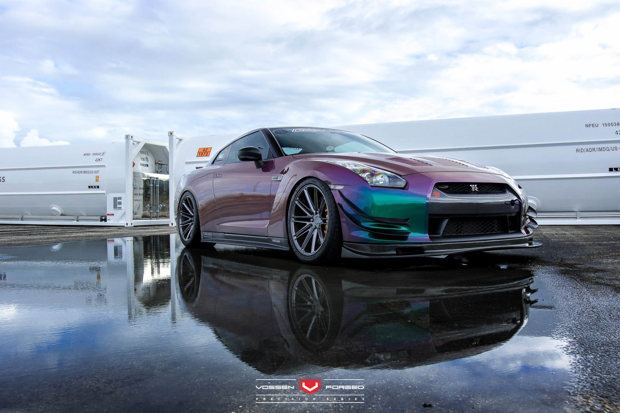 purple godzilla nissan gt r r35 by vossen gallery. Black Bedroom Furniture Sets. Home Design Ideas