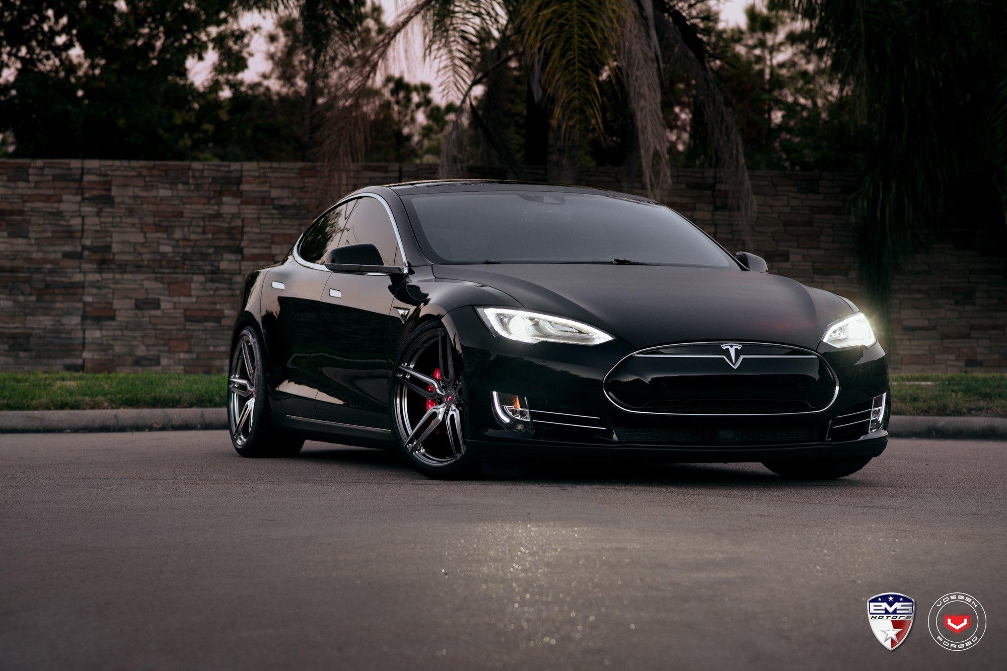 Tesla Model S Custom >> Matte Black Is The New Black Stunning Tesla Model S