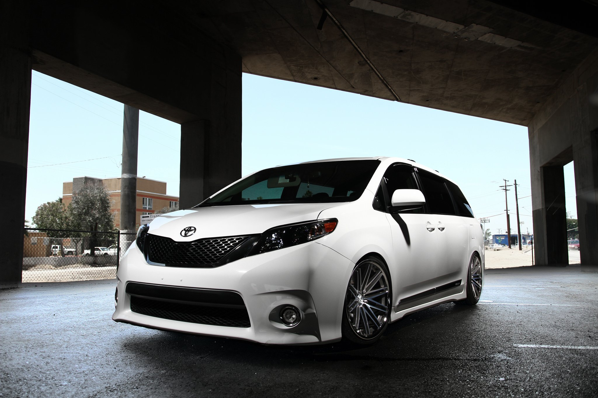 2011 Toyota Camry White >> Custom 2018 Toyota Sienna | Images, Mods, Photos, Upgrades — CARiD.com Gallery