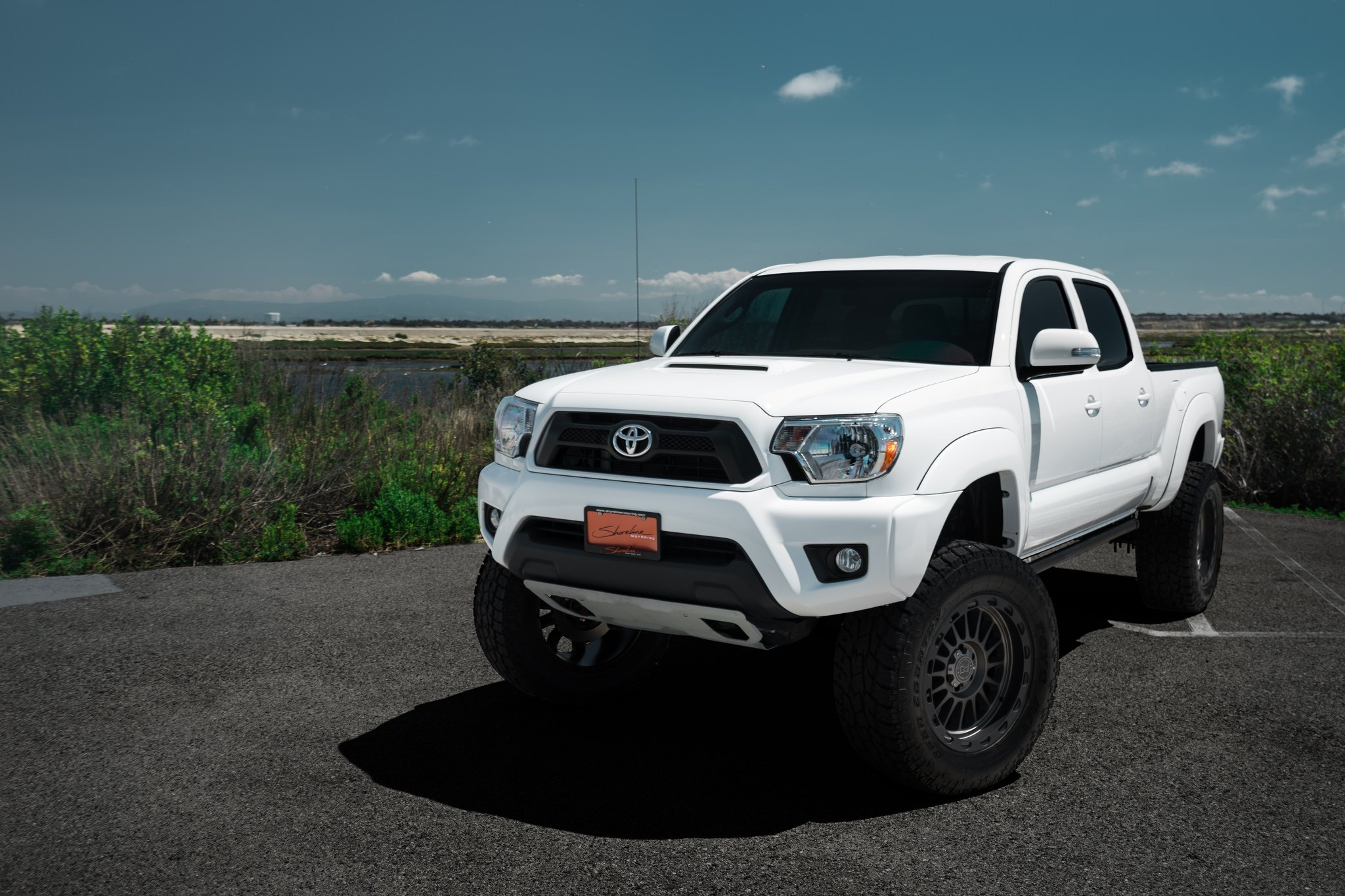 super clean lifted toyota tacoma on black rhino off road wheels gallery. Black Bedroom Furniture Sets. Home Design Ideas