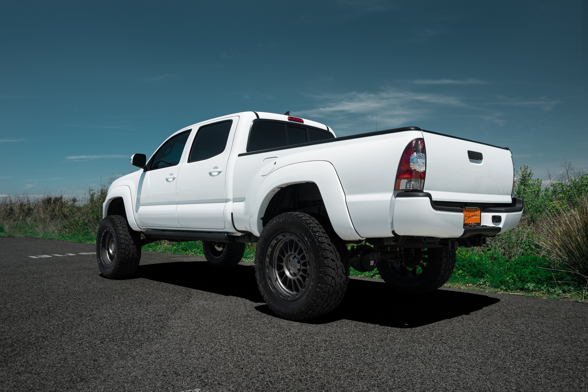 super clean lifted toyota tacoma on black rhino off road. Black Bedroom Furniture Sets. Home Design Ideas
