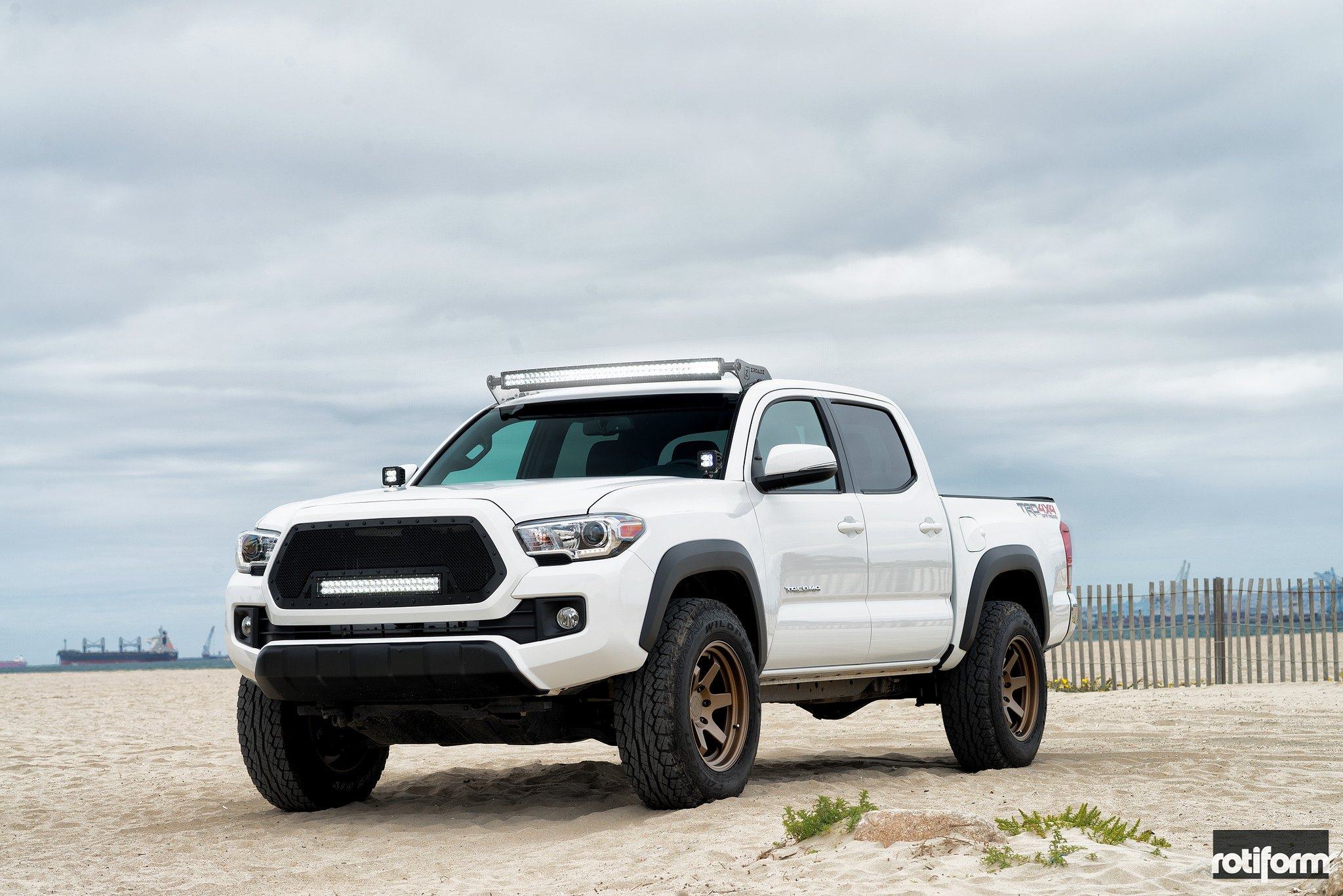 custom 2017 toyota tacoma images mods photos upgrades. Black Bedroom Furniture Sets. Home Design Ideas