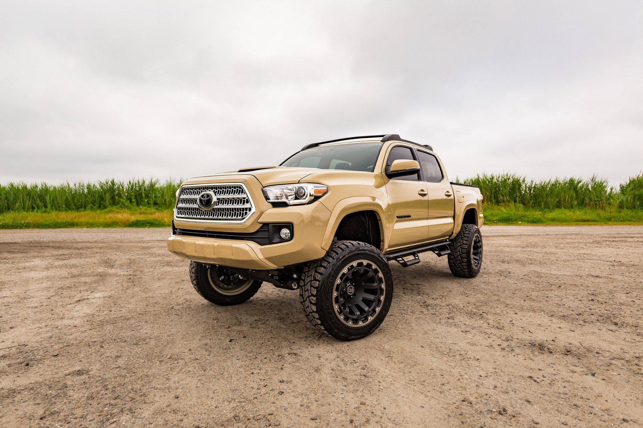 custom 2017 toyota tacoma images mods photos upgrades gallery. Black Bedroom Furniture Sets. Home Design Ideas