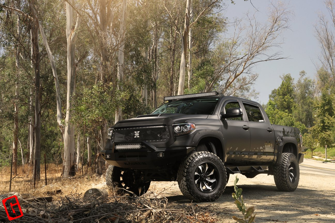 toyota tundra doomsday soldier by grid off road gallery. Black Bedroom Furniture Sets. Home Design Ideas