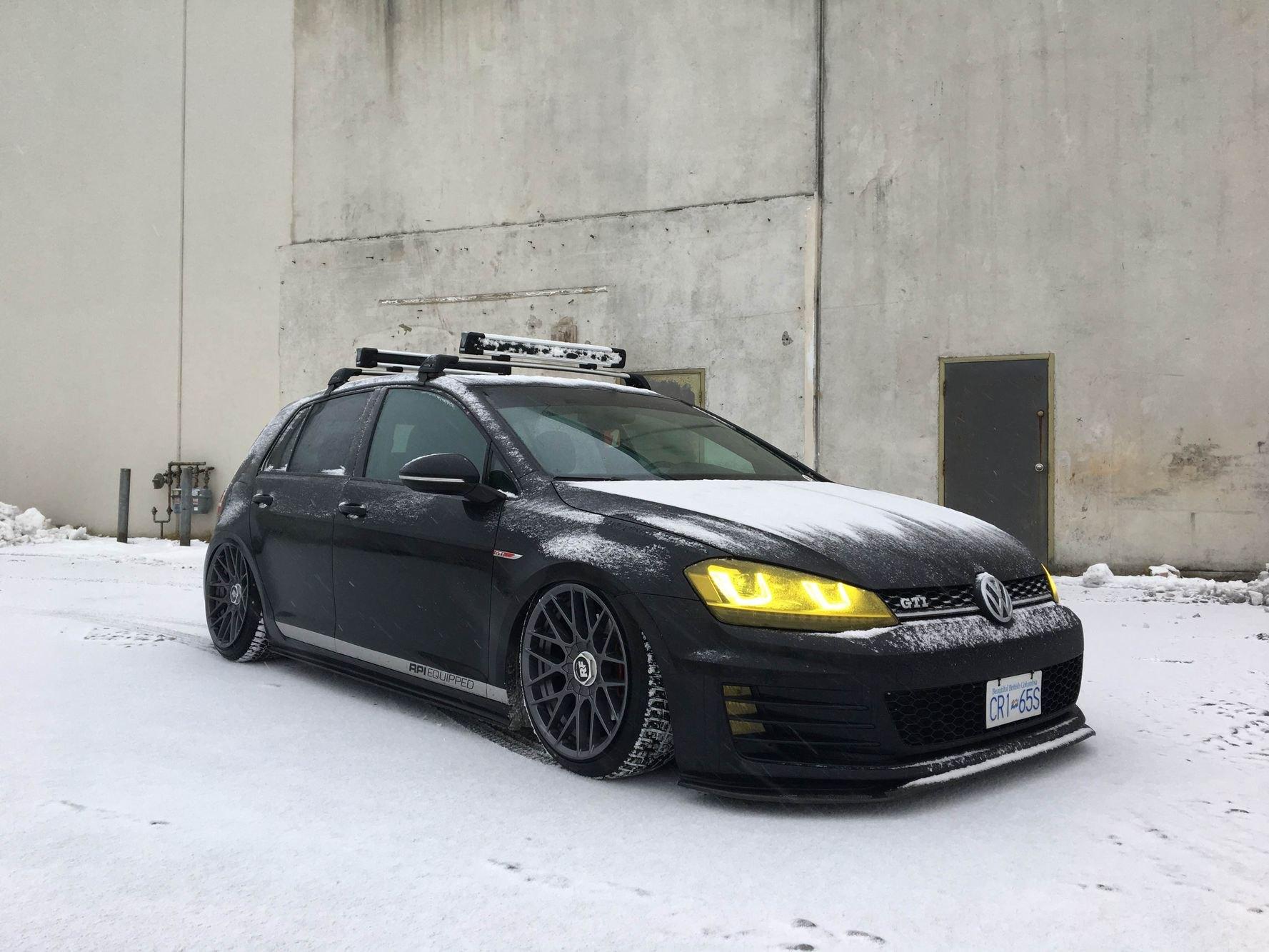Custom 2018 Volkswagen Golf Gti Images Mods Photos Upgrades Carid Com Gallery